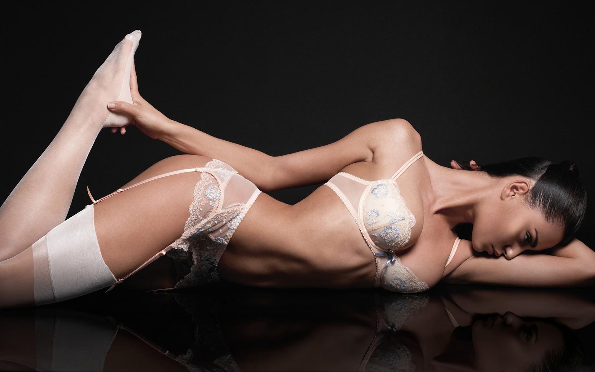 Секс красотки в белье, Красотки Женское белье Видео по категории и тэгу 18 фотография