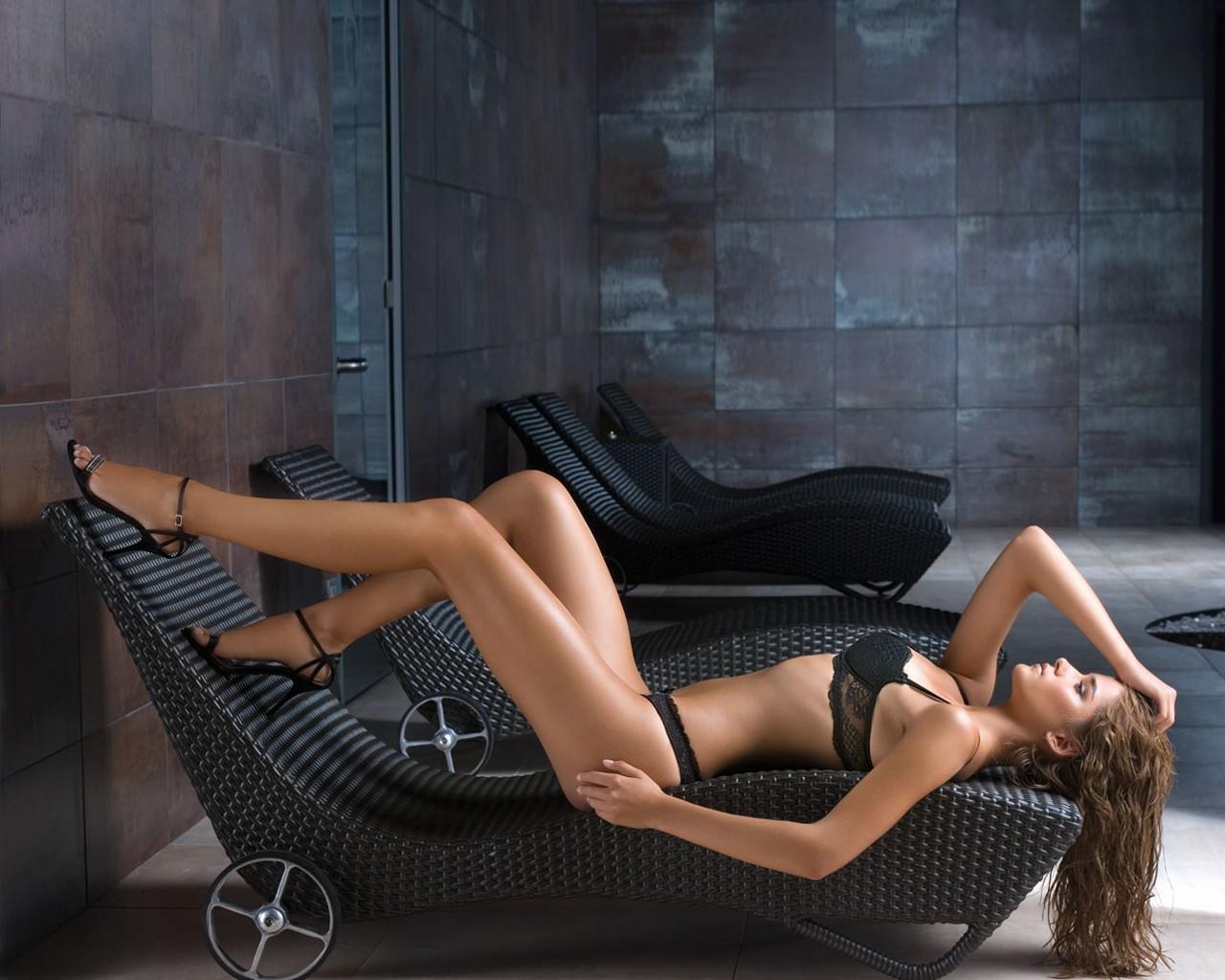 Любительские фото сайты эротики высокого разрешения ошибаетесь
