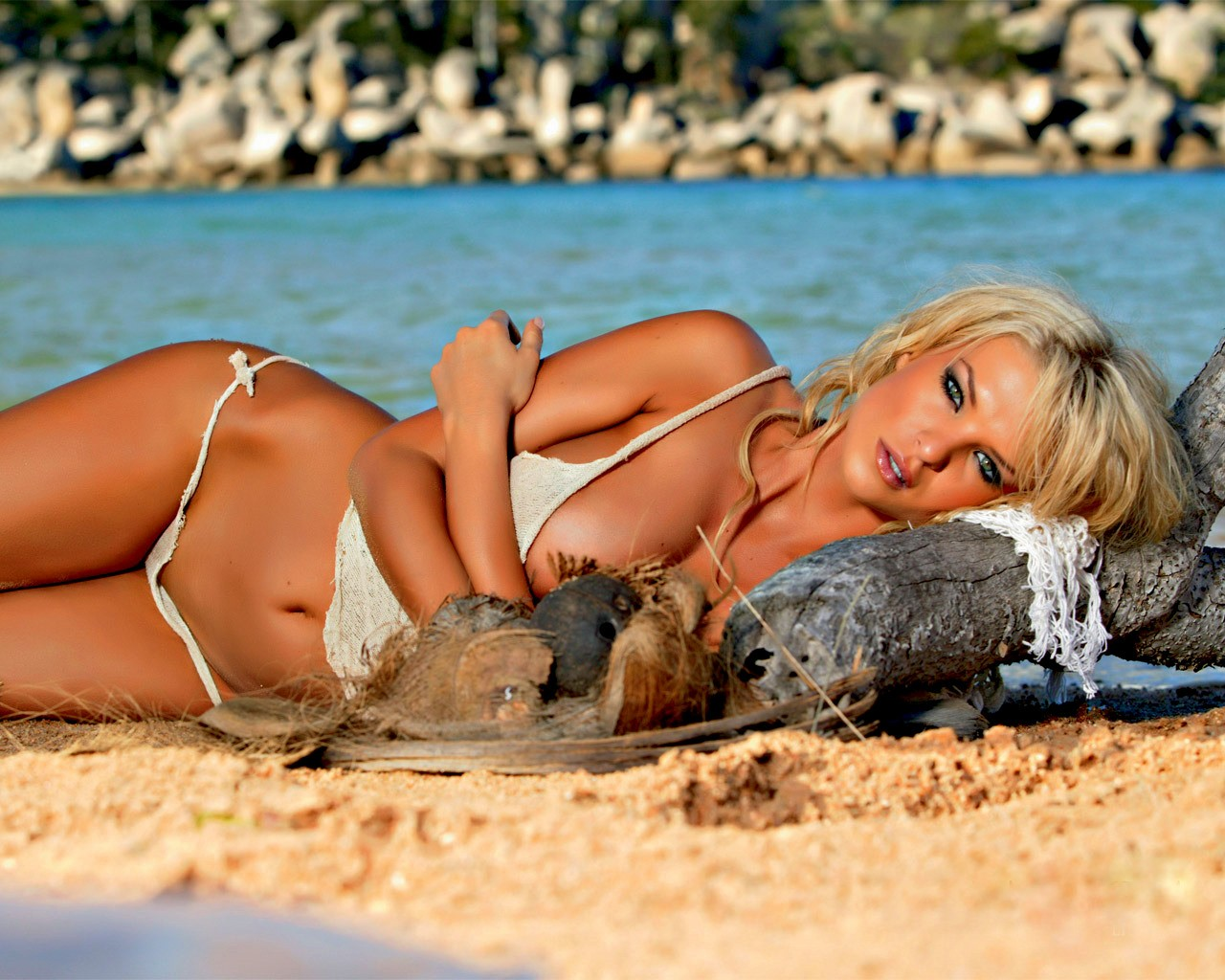 blondinki-zagorelie-porno-foto