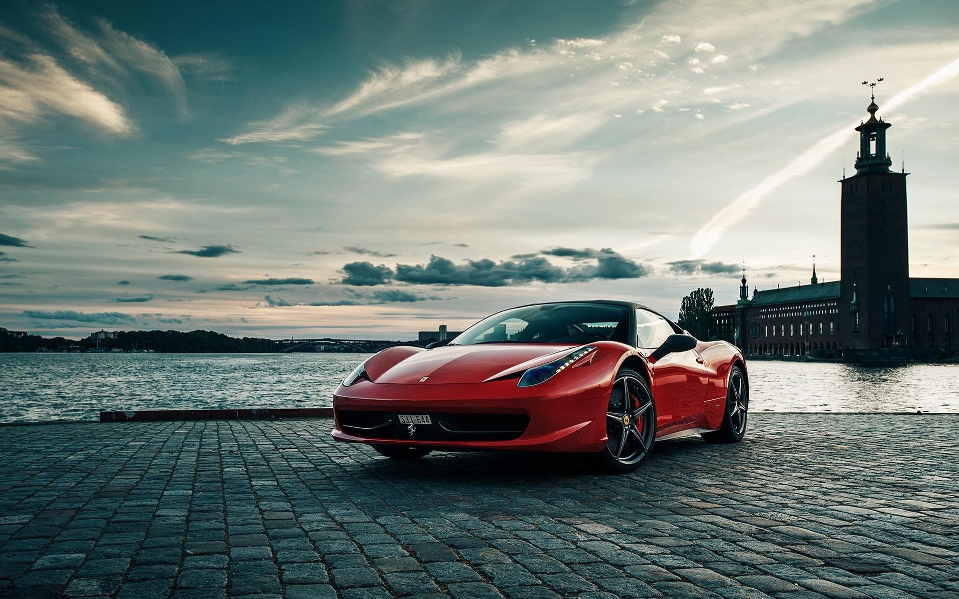Ferrari F12 дорога забор  № 2437925 без смс