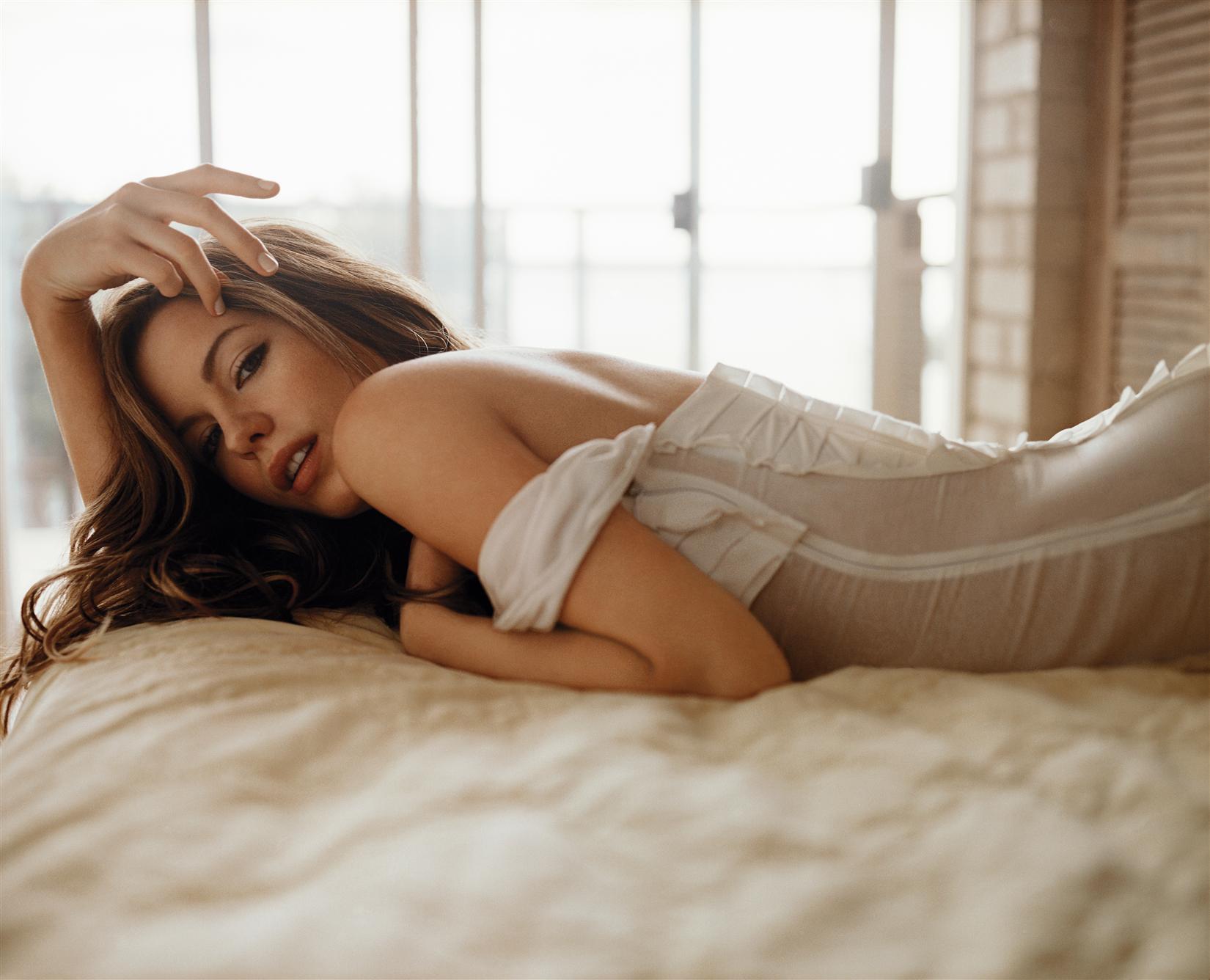 дополнительный ремень лучшие женщины в постели поздних сроках из-за