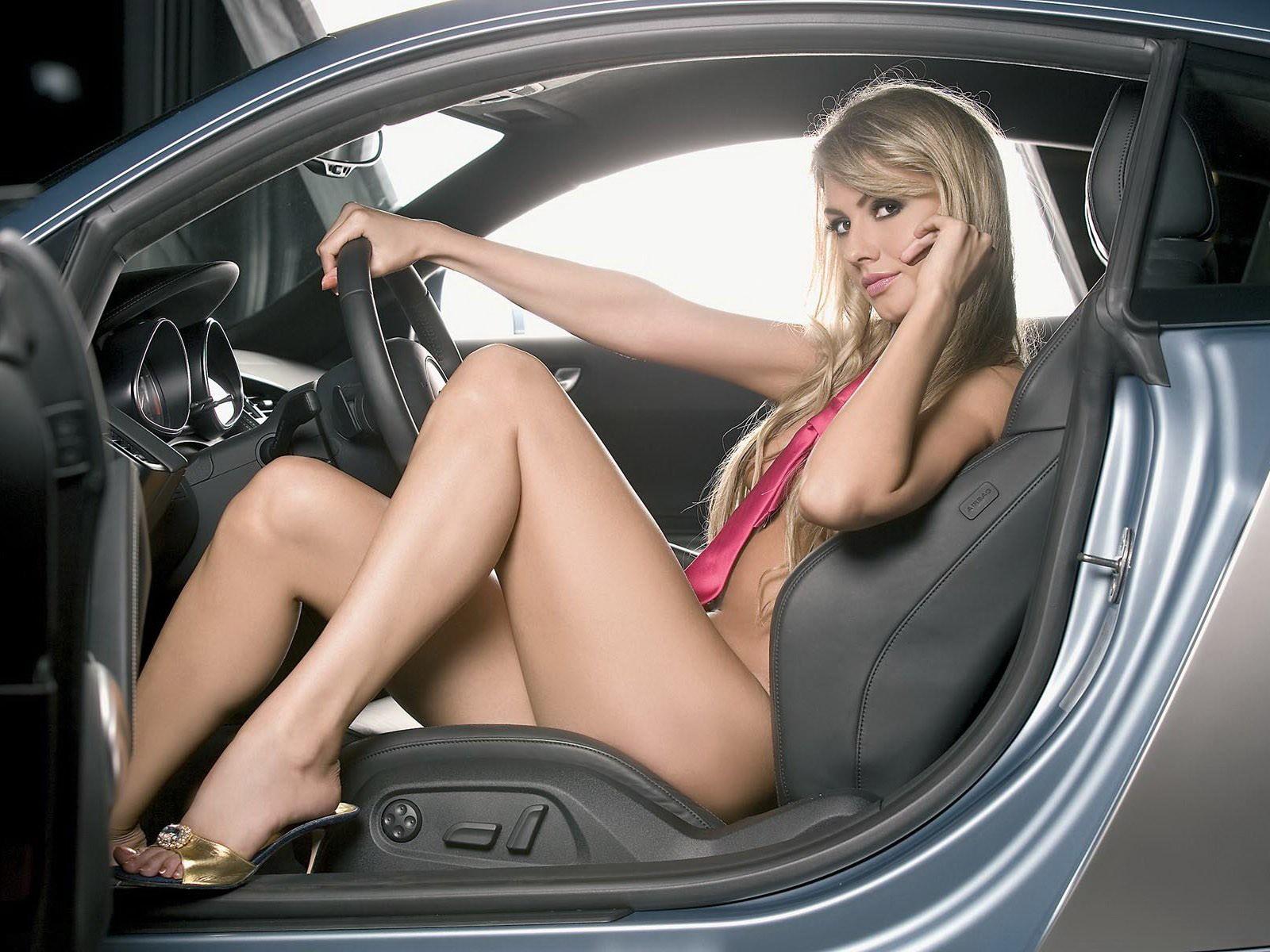 Фото секса в машинах, Секс в машине со шлюхой (26 фото) 19 фотография