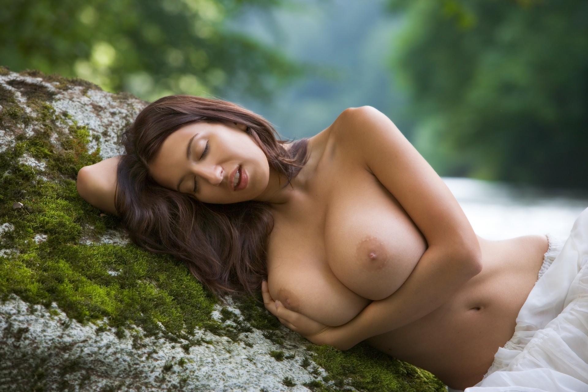 foto-devushek-erotika-besplatno