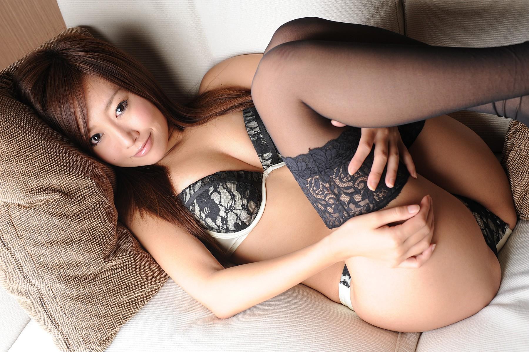 Красивые японки с красивыми попками