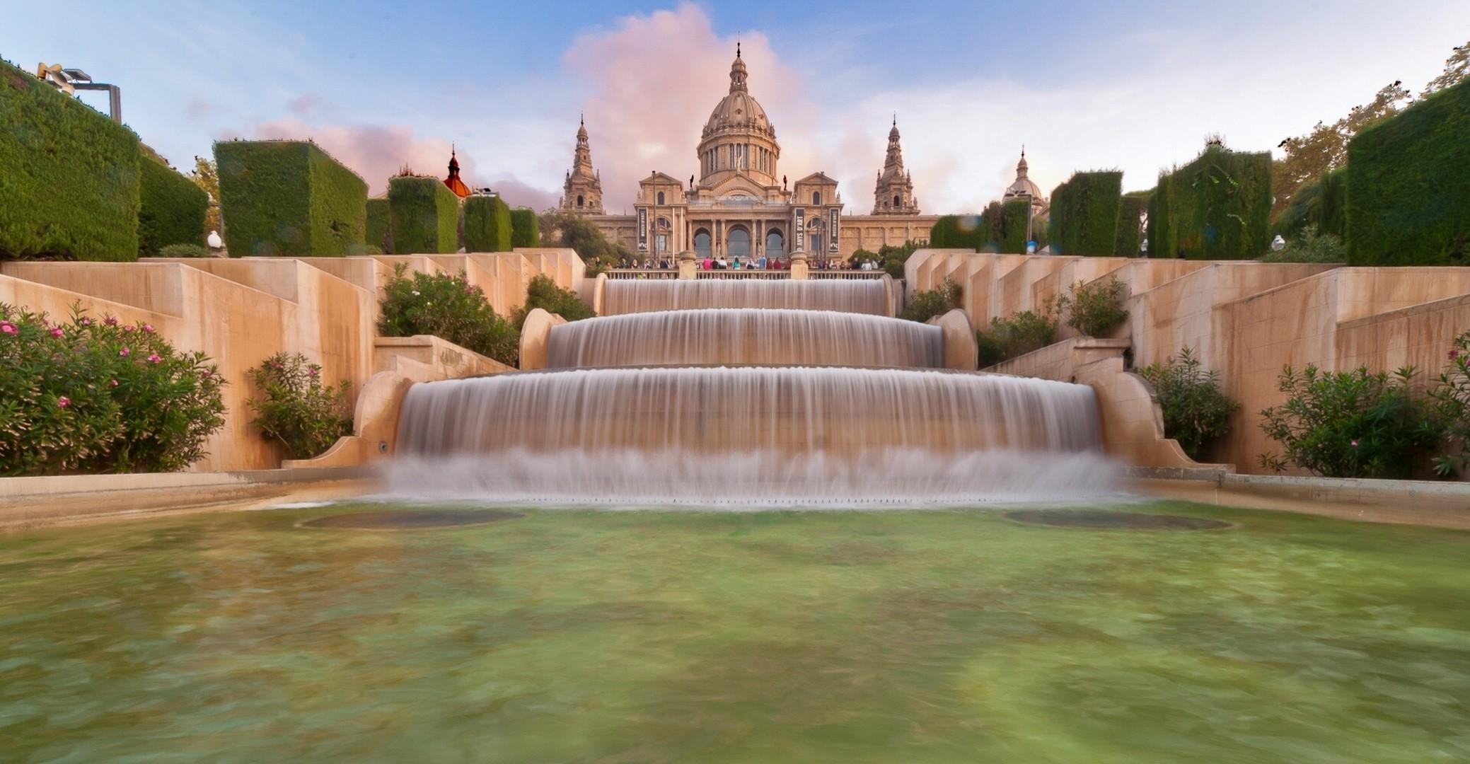 дворец фонтан  № 188134  скачать