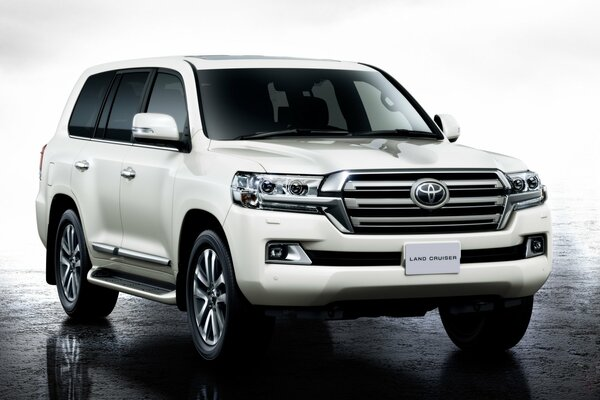 2015 г. toyota land cruiser 200 тойота ланд крузер