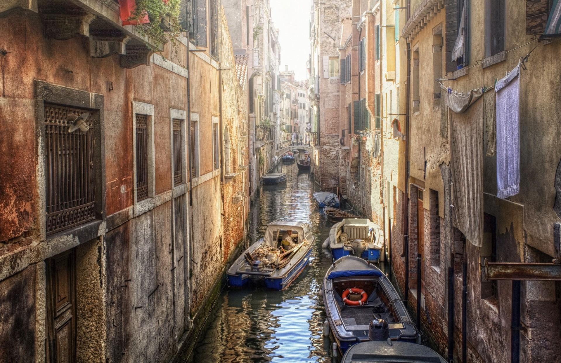 Обои канал, лодки, венеция, мосты, дома, улицы. Города foto 14