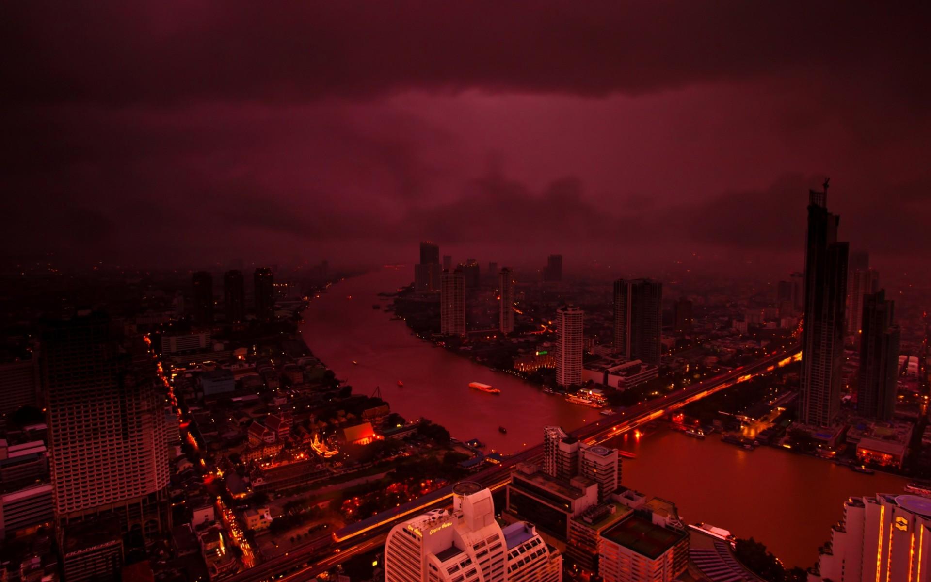 картинки города красные сильвестр сталлоне картинки