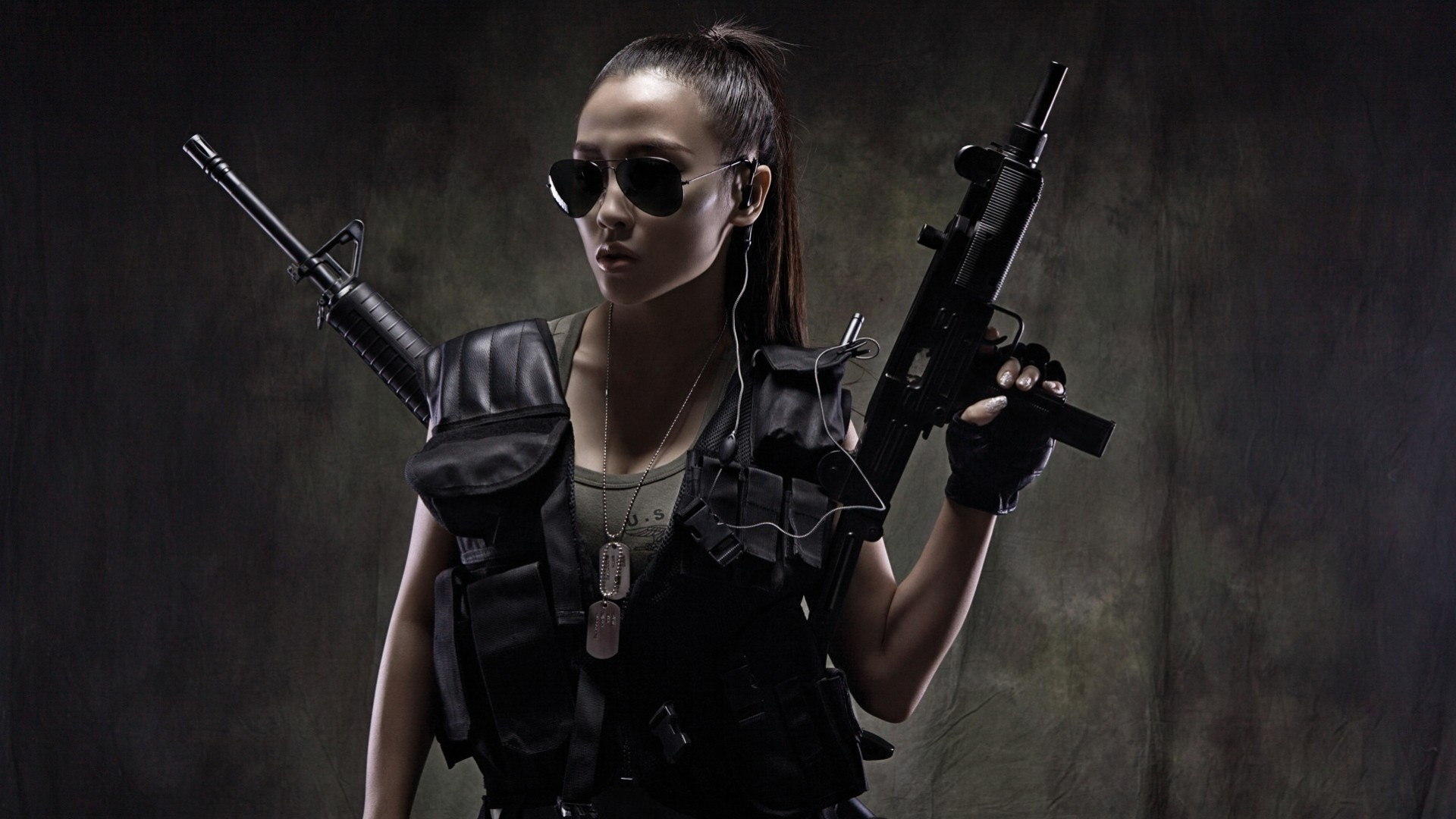 рисунок девушка собака оружие скачать