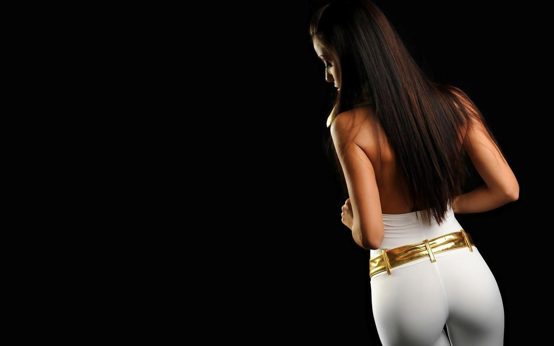 Сексуальная девочка дает в попку 18 фотография