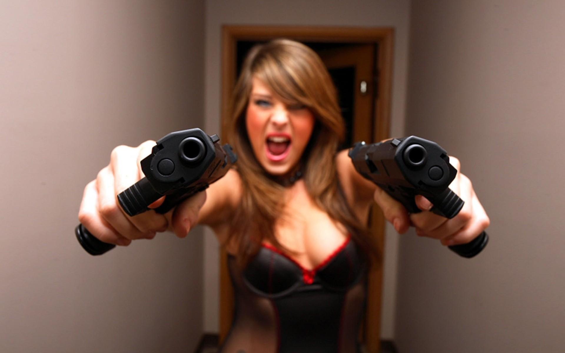 Картинки прикольные с пистолетом