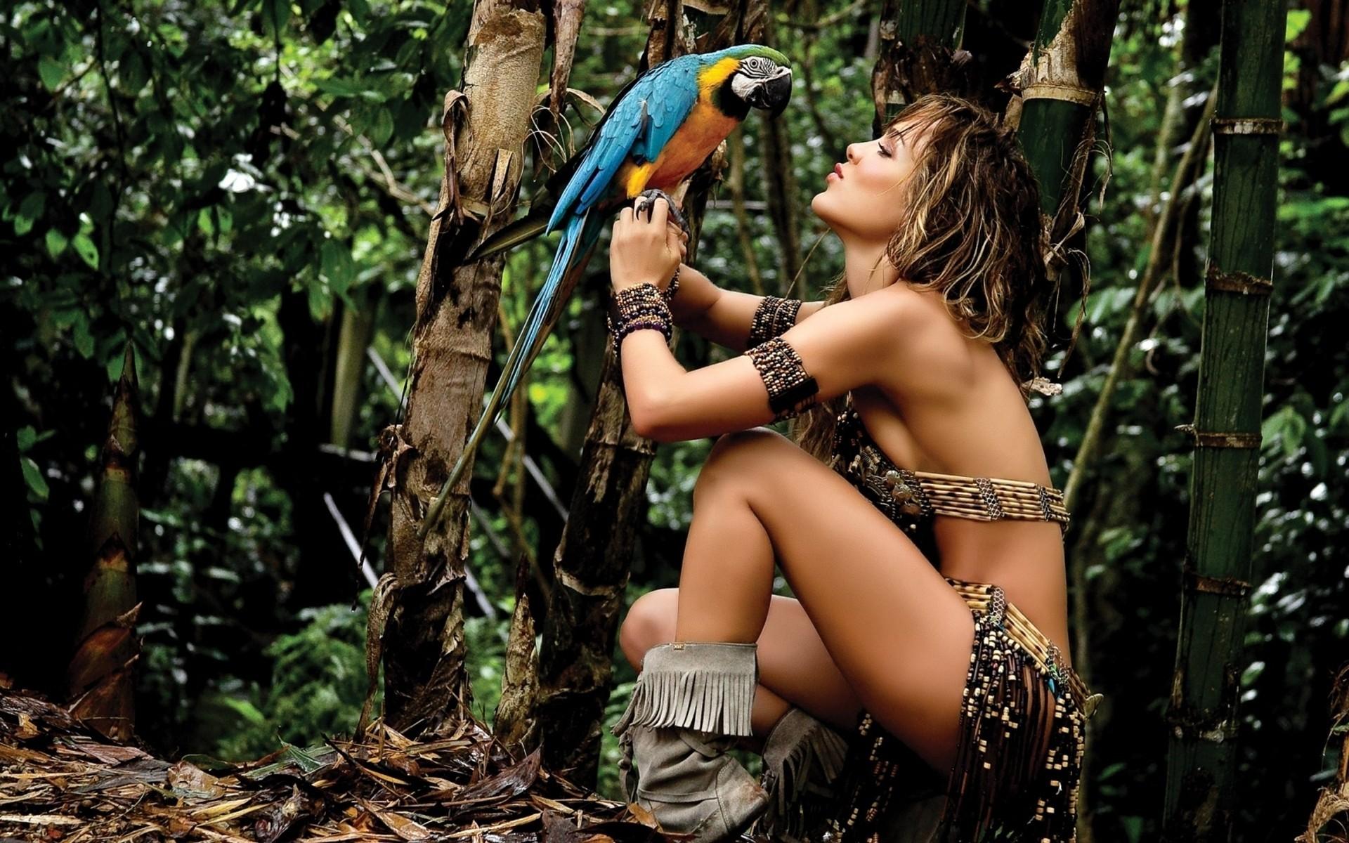 Красивые девушки в диком амазонке, смотреть онлайн дтп в курганской области