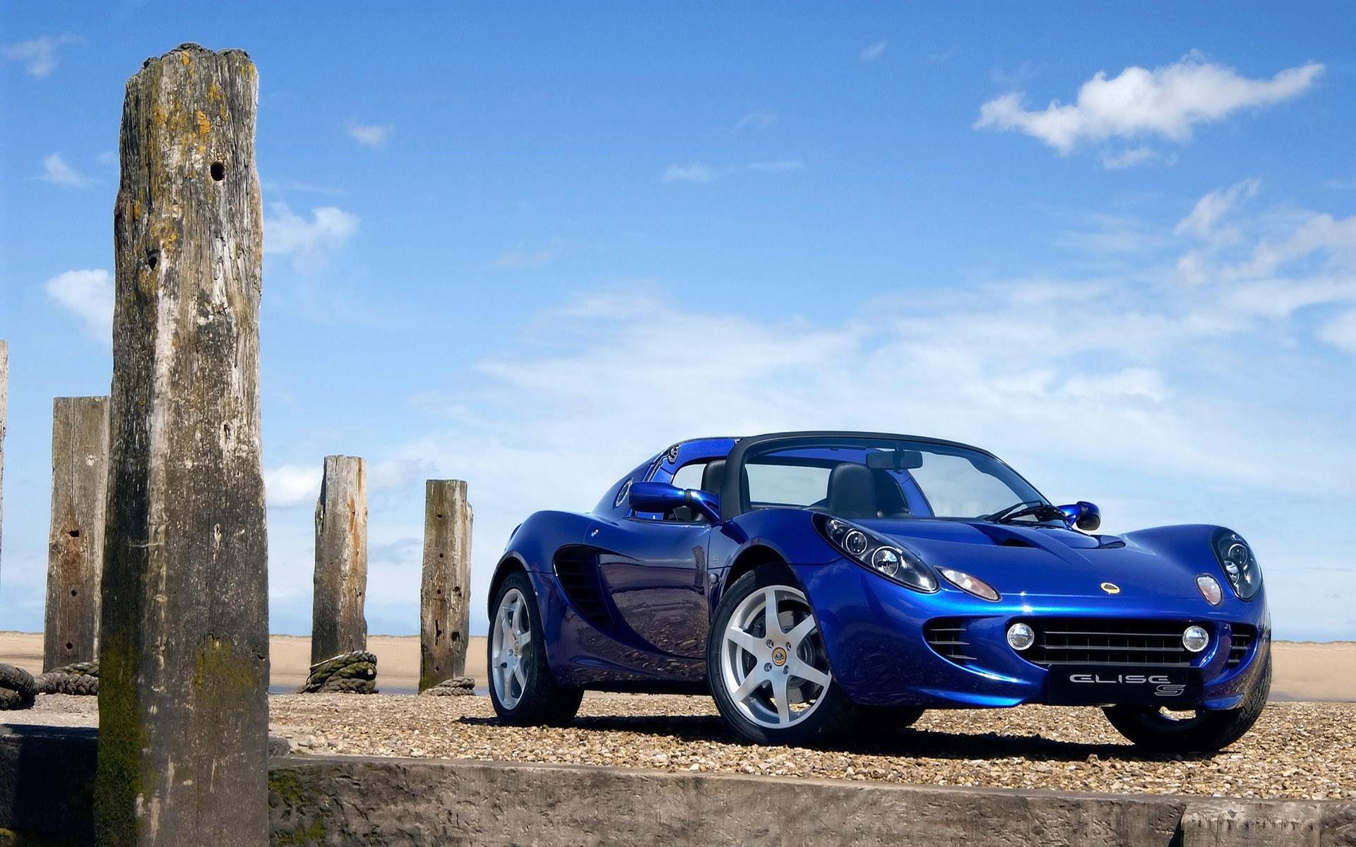 спортивный автомобиль красный lotus elise cup 250 бесплатно