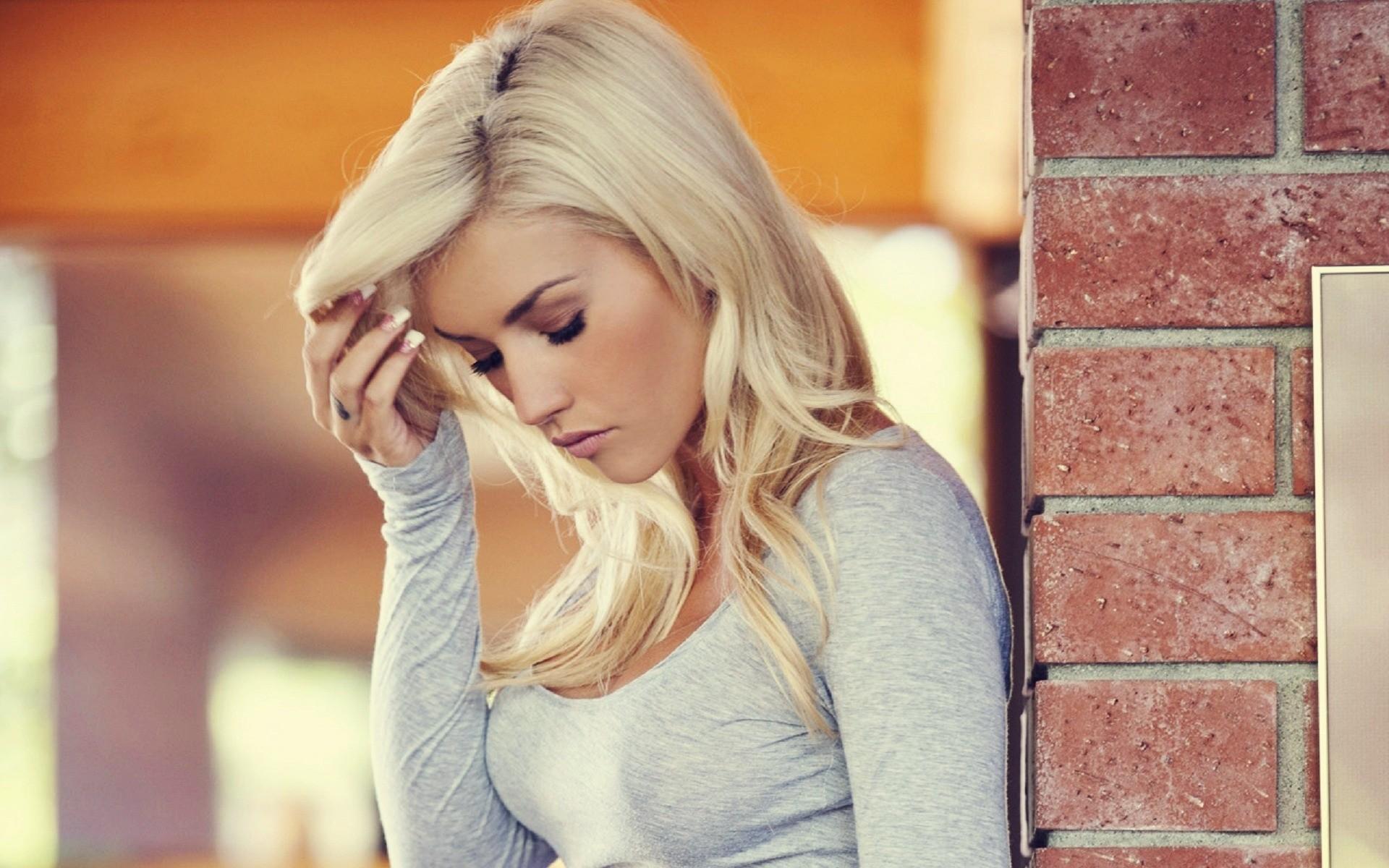 Картинки на аватарку для блондинок