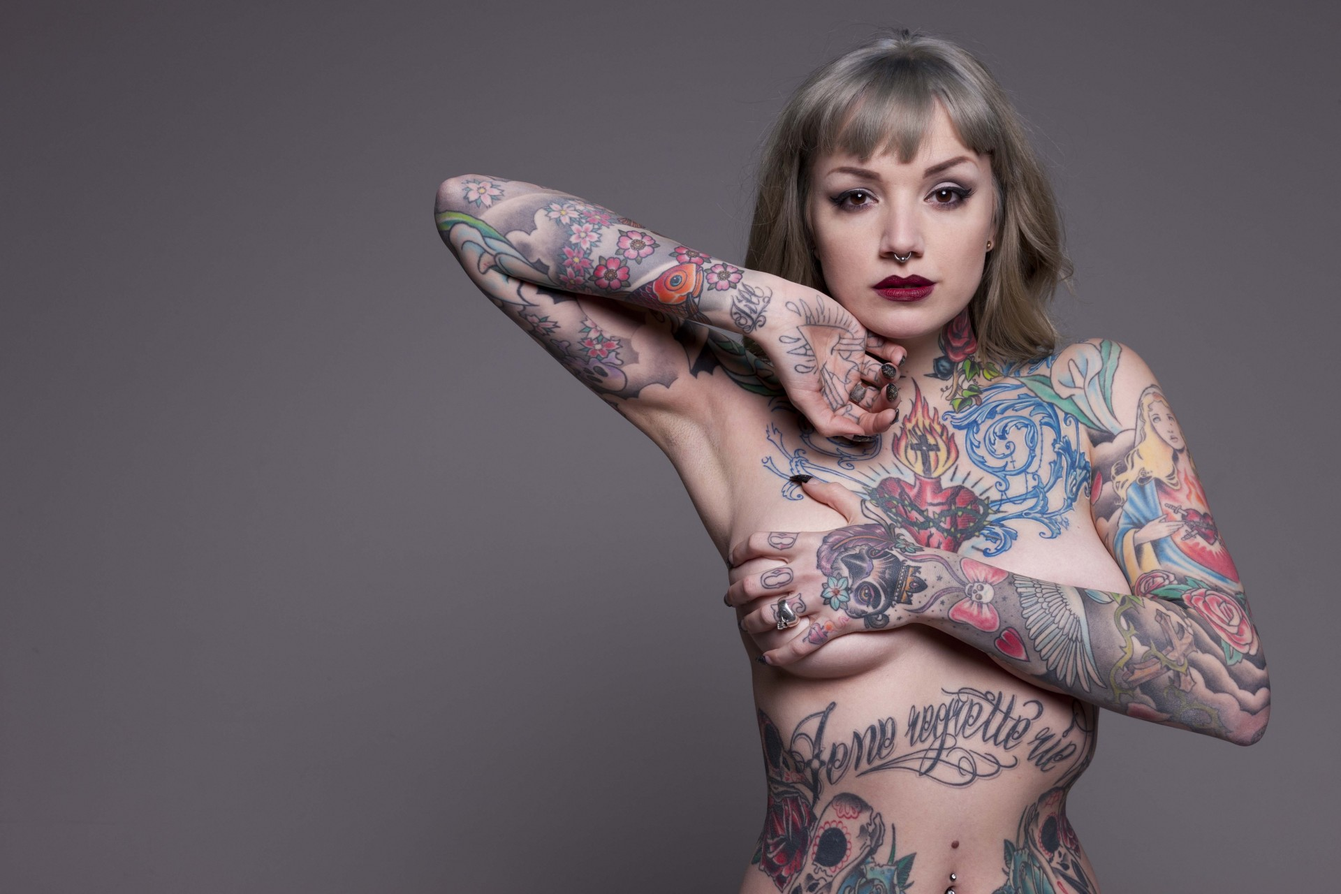 Камеры фаллос фотки голых девушек с татуировками видео оргии свадьбах