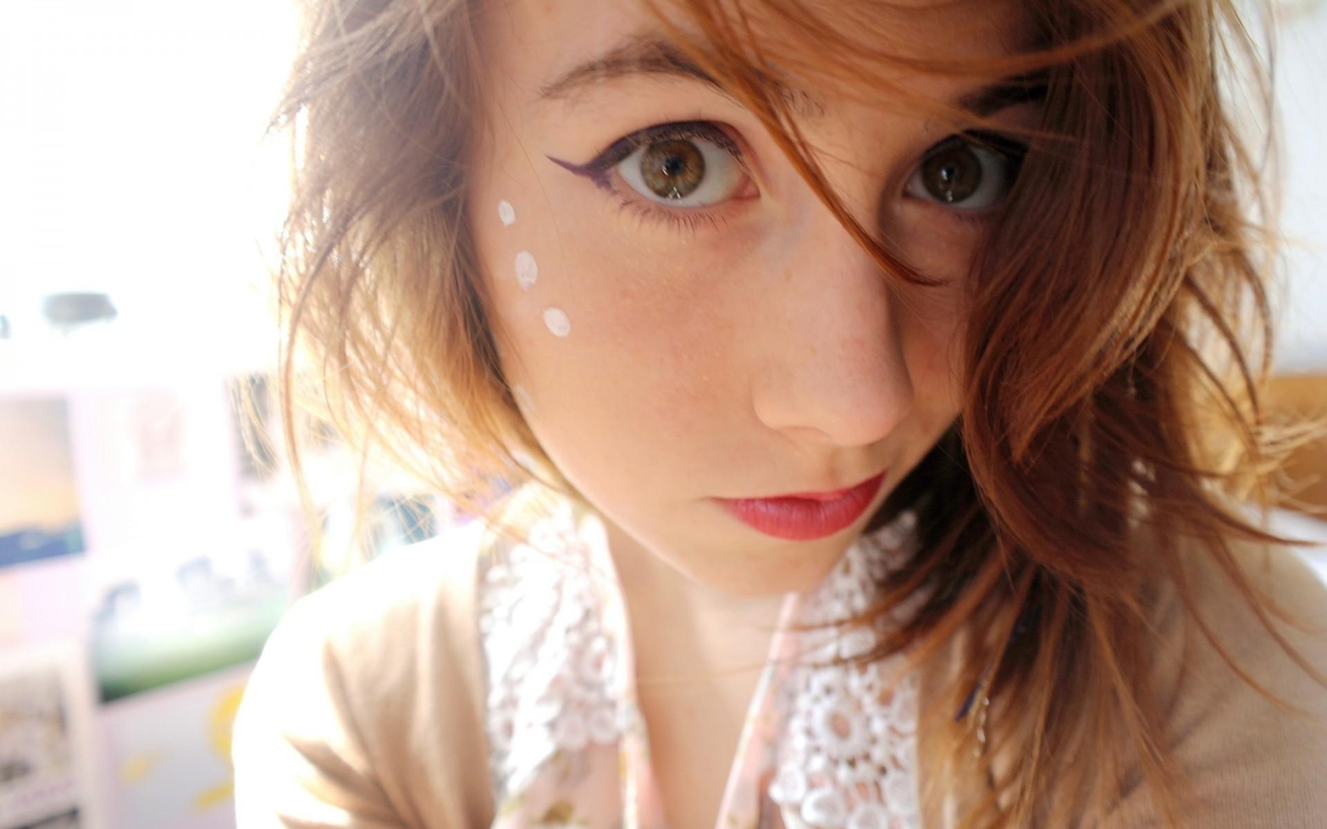 Сперма на лице милых девушек фото