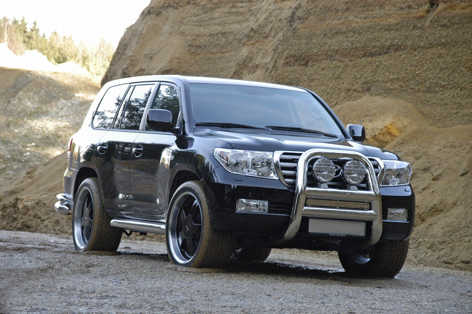 toyota land-cruiser v8