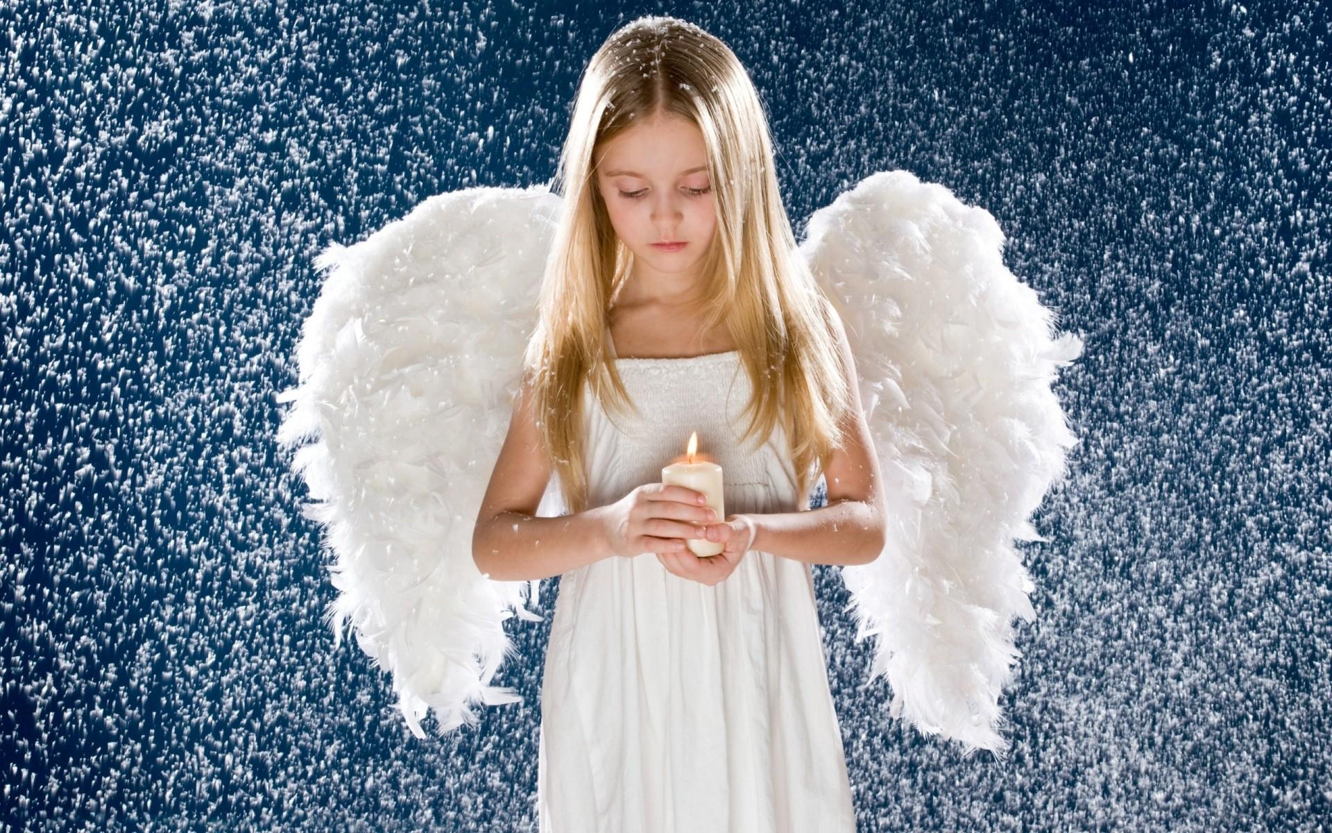 Картинка ангел на ладони