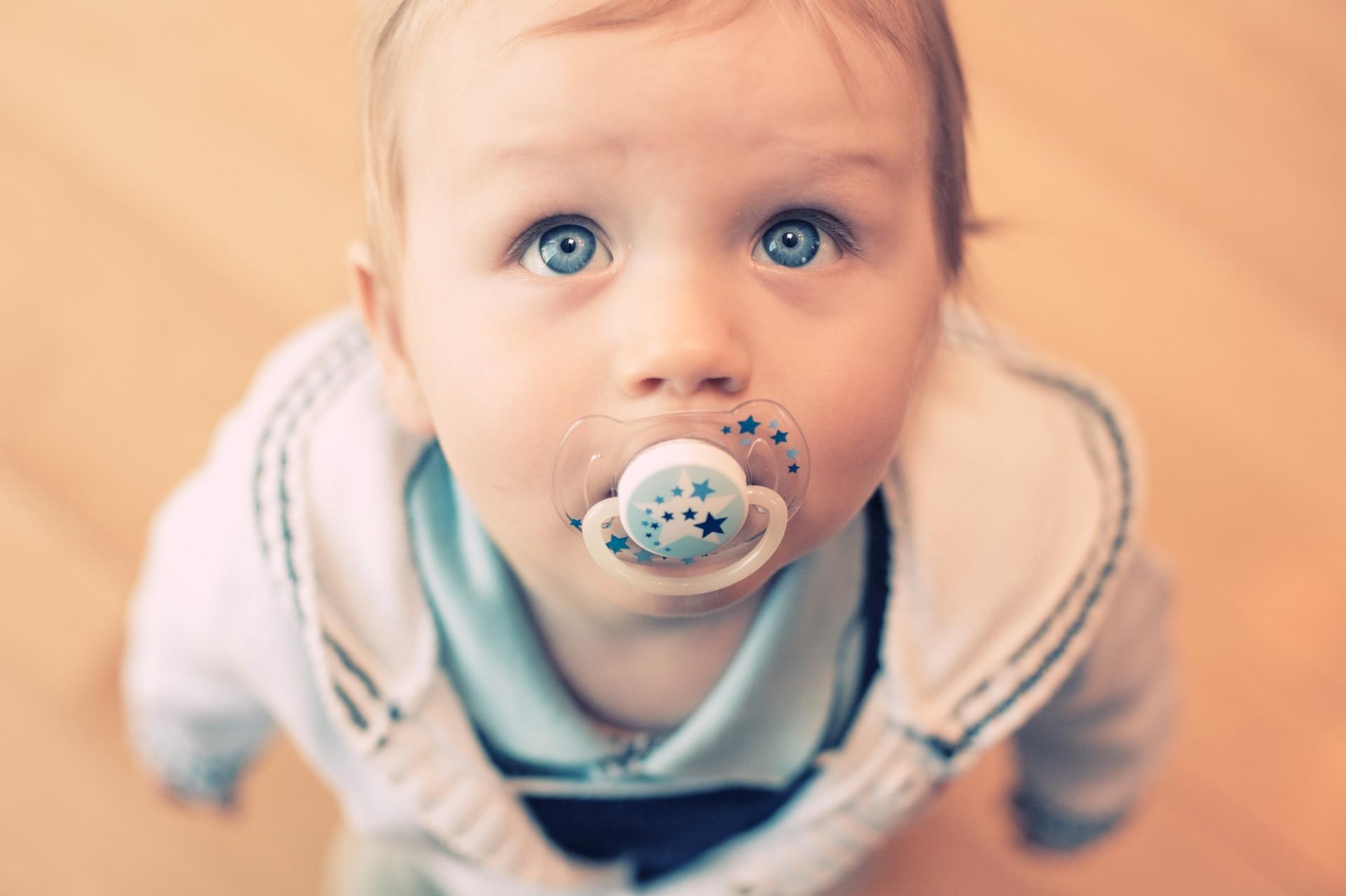 Красивые фото детей до года мальчиков