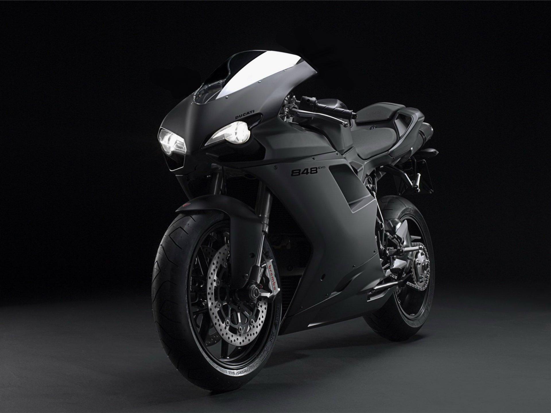 мотоцикл белый темнота скачать