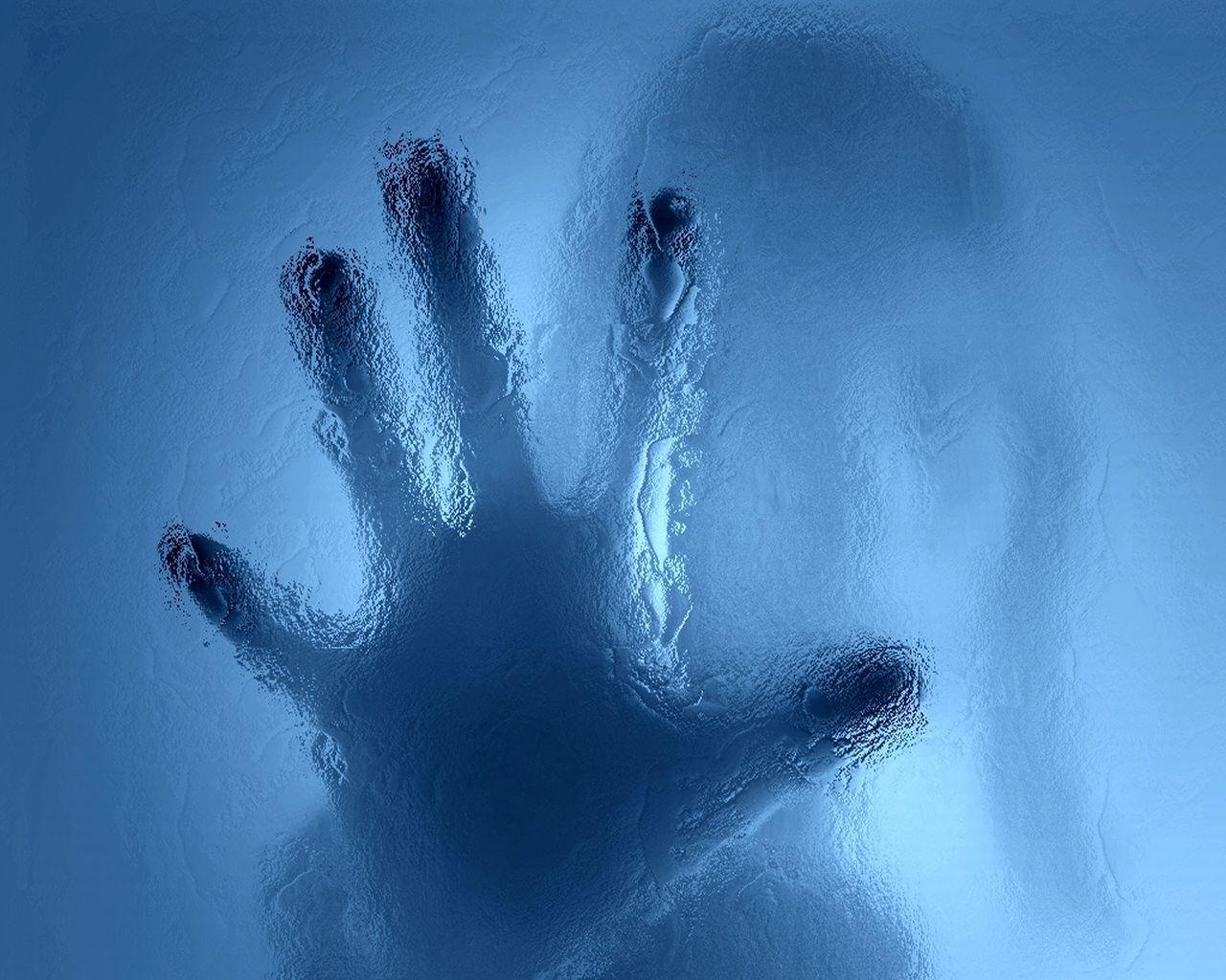 Рука на стекле рисунки