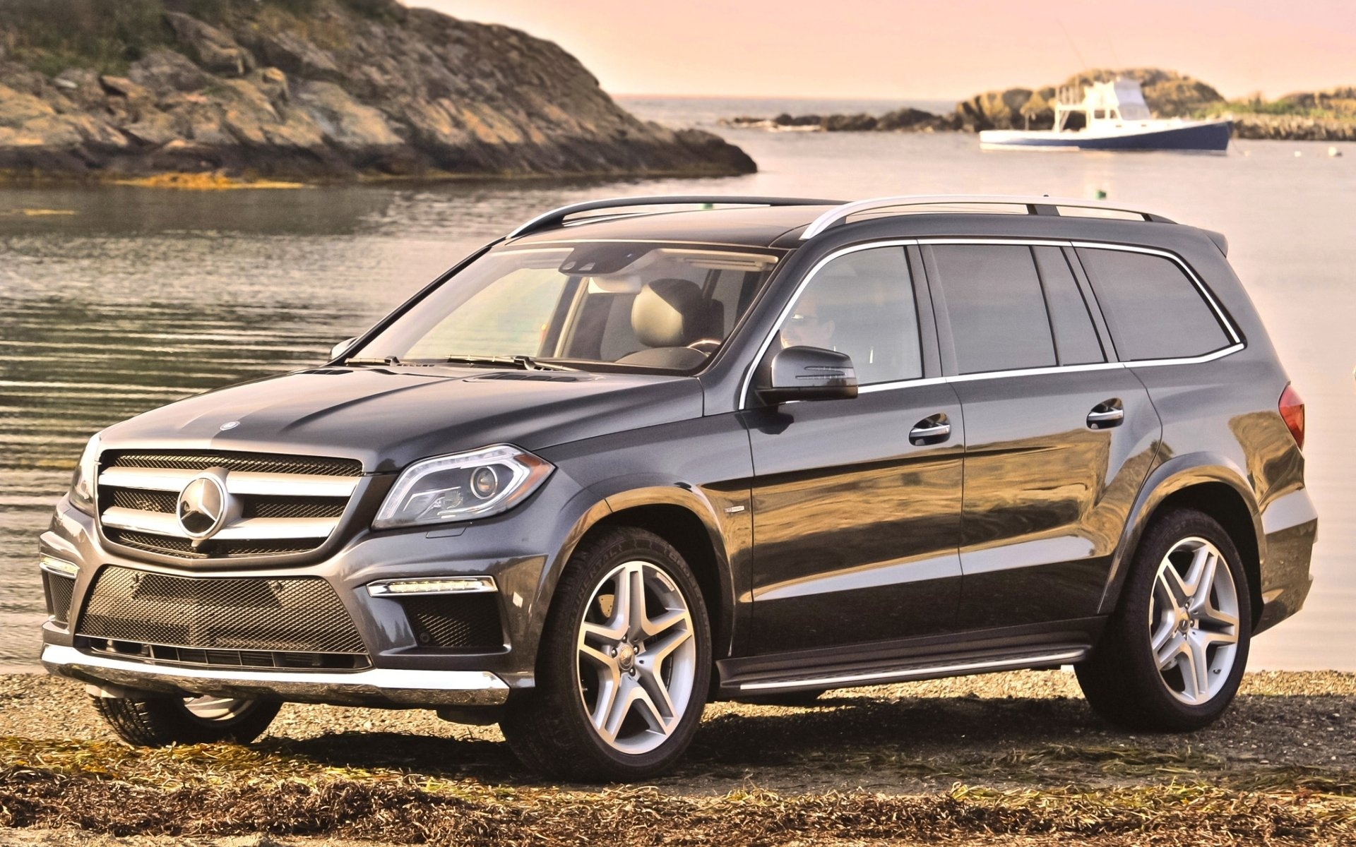 mercedes-benz gl мерседес гл джип передок берег вода катер фон