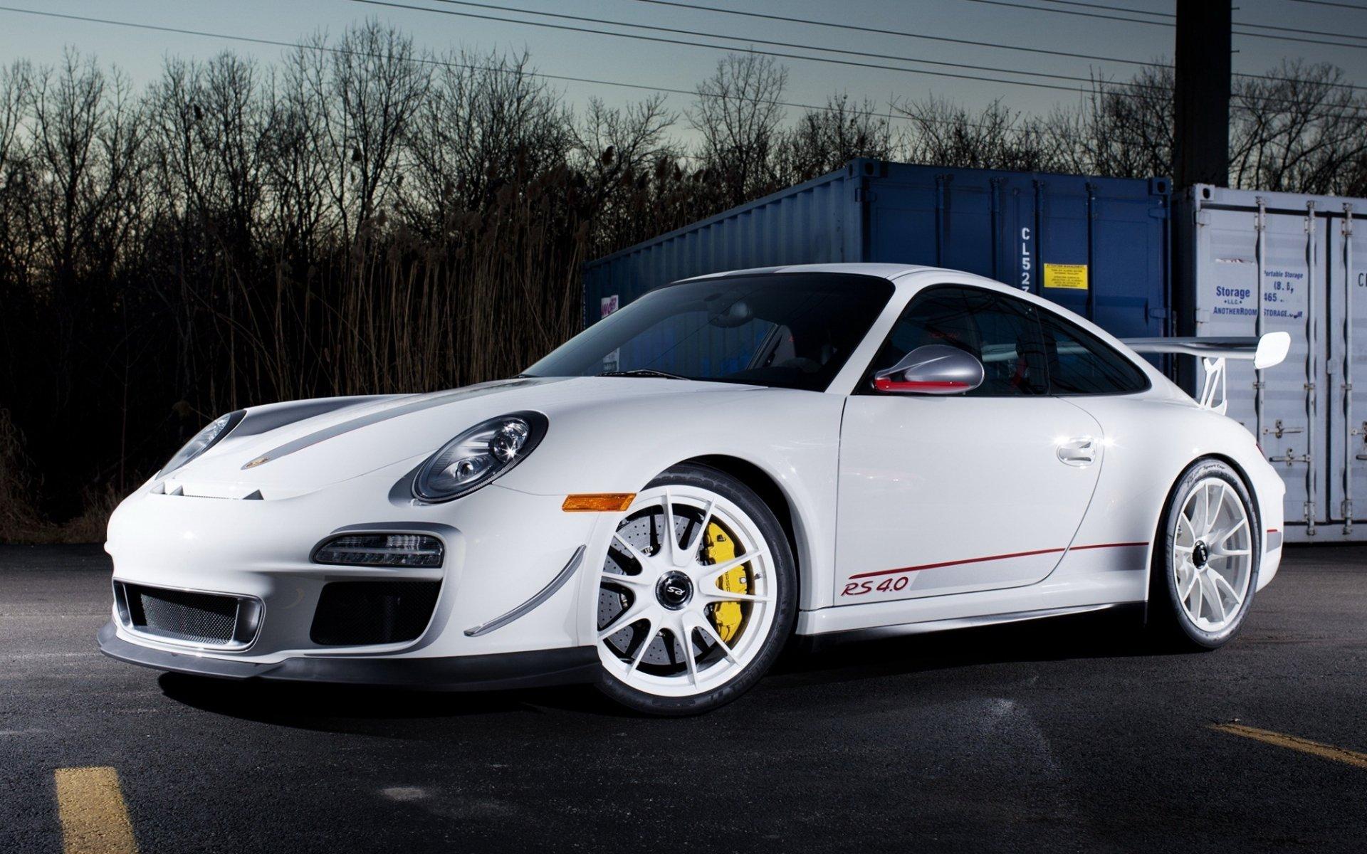 белый автомобиль спортивный porshe  № 637757 загрузить