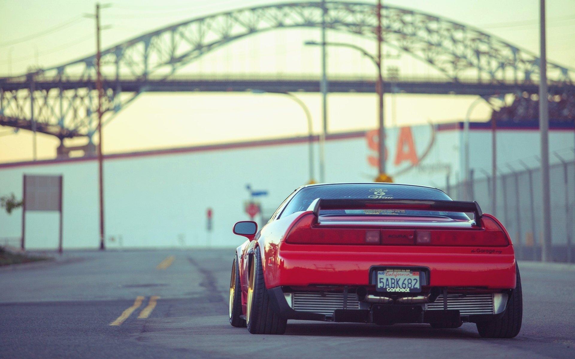 красный автомобиль honda без смс