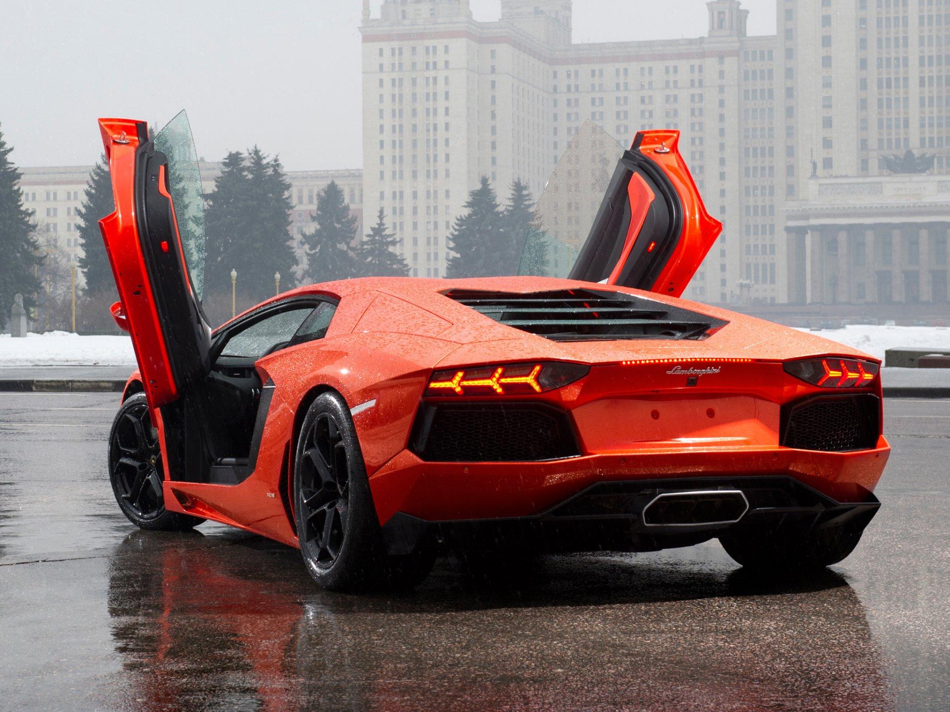 оранжевый автомобиль Lamborghini aventador загрузить
