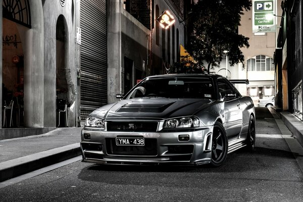 Car Wallpapers Grey Nissan Skyline BNR34 Street Japan Beautiful Automobile Desktop Night Автомобиль Обоя Серый Ниссан Скайнлайн 34 Японский Автомобиль Ночь Улица