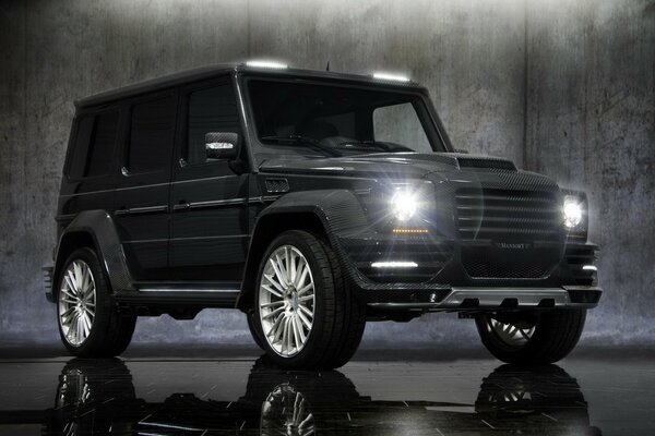 mansory mercedes-benz g- couture гелендваген много карбона свет фар