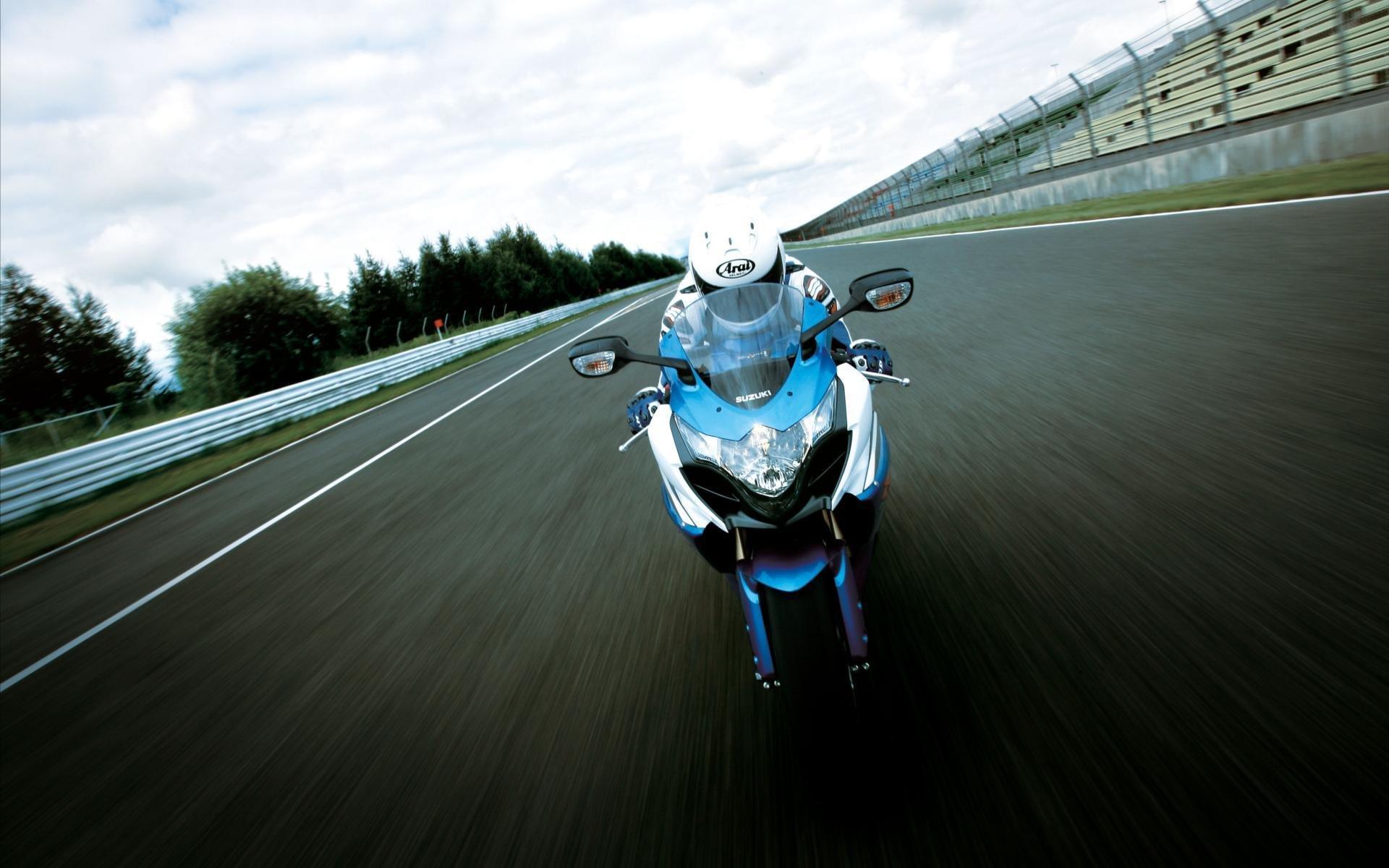 вираж мотоцикл трасса загрузить