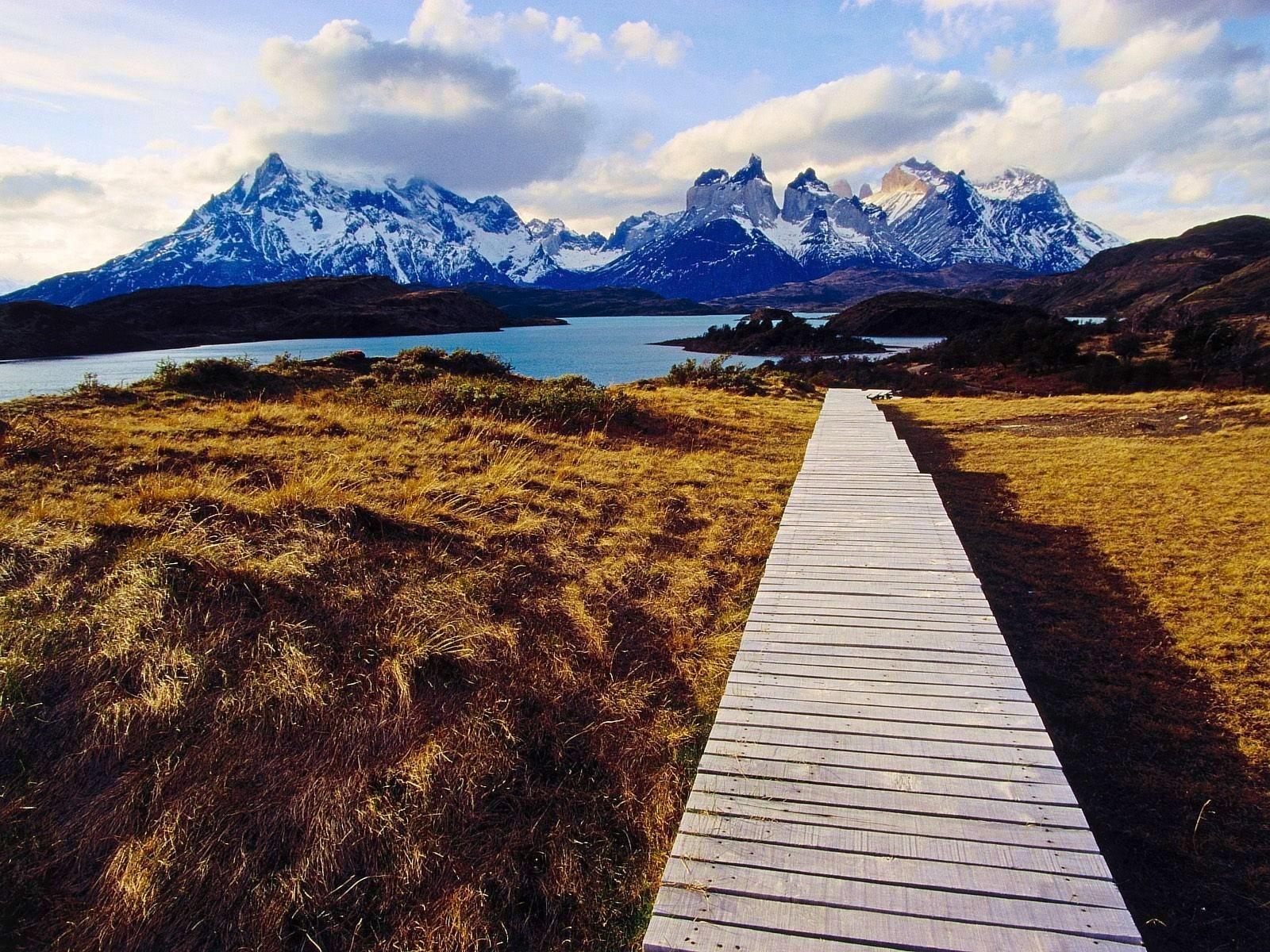 дорога лучи озеро горы загрузить