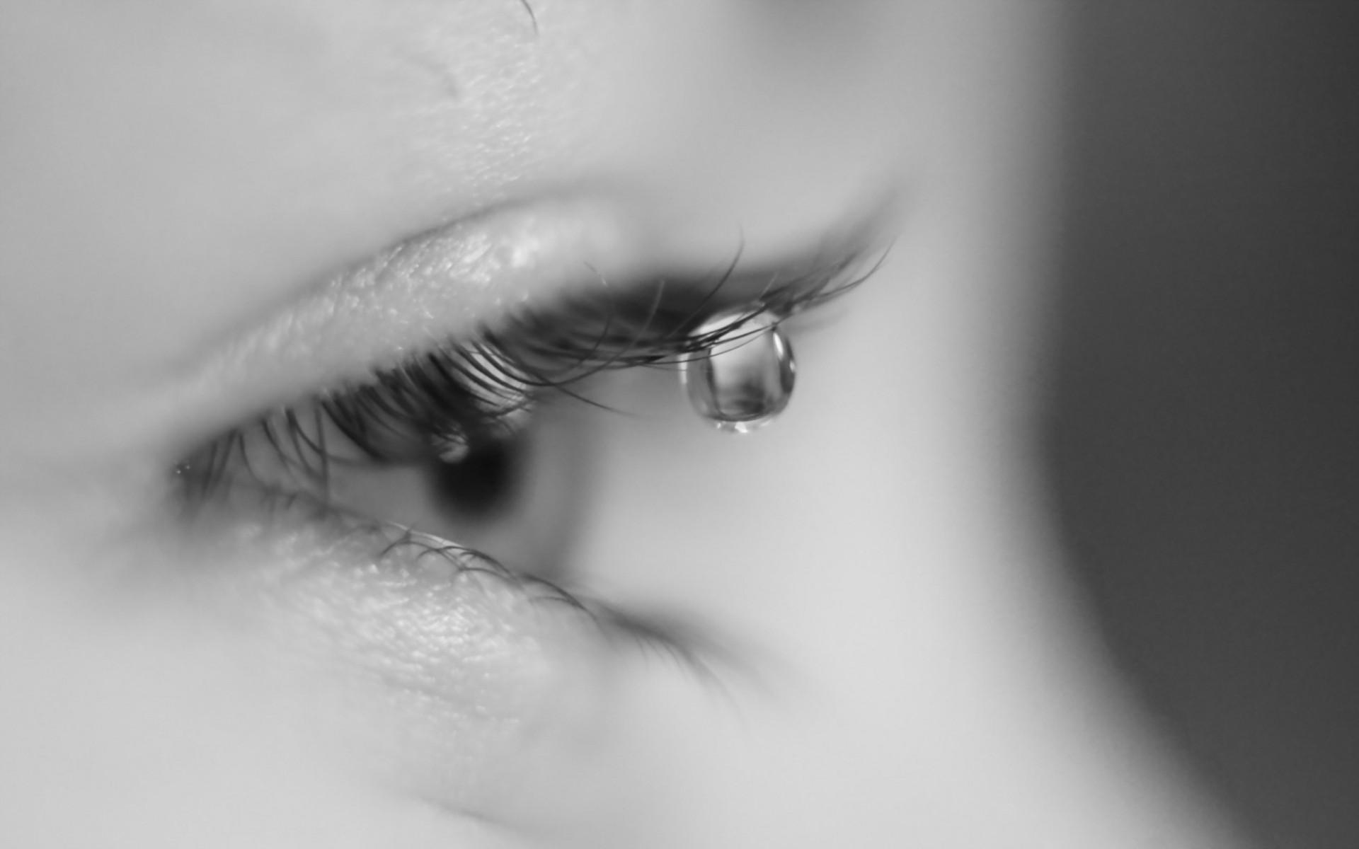 Картинки грустные глаза со слезами со смыслом, размер дизайн