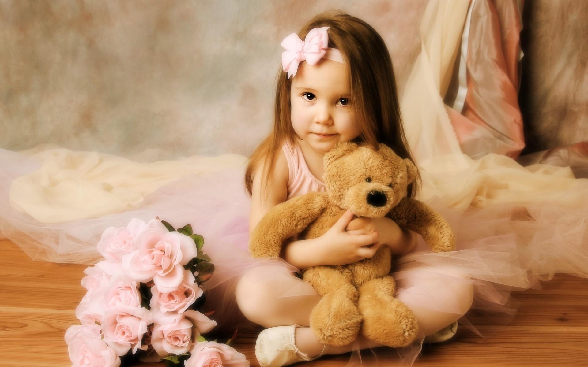 Фото маленькая девушка