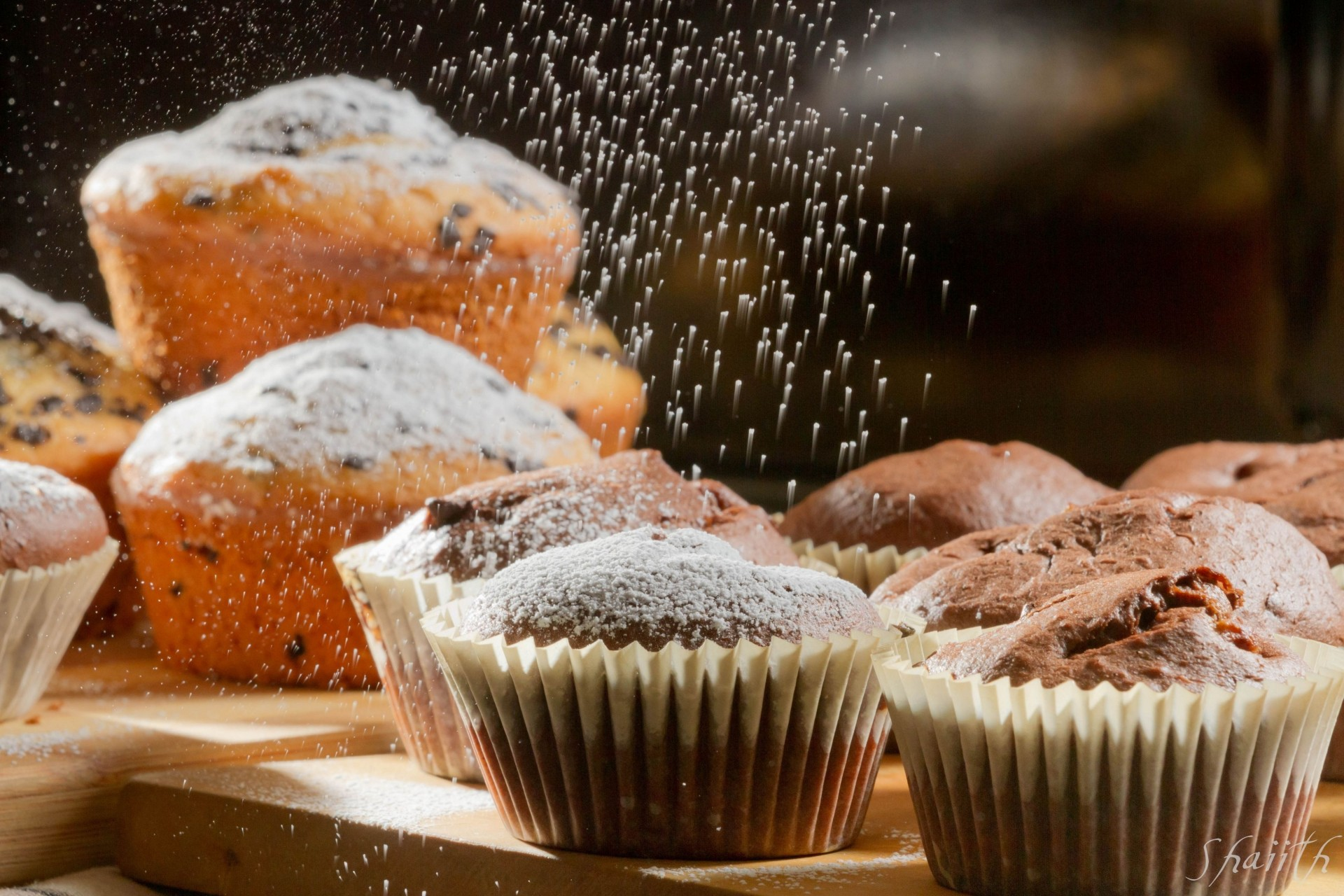 Обои кексы, клубника, сахарная пудра, выпечка. Еда foto 12