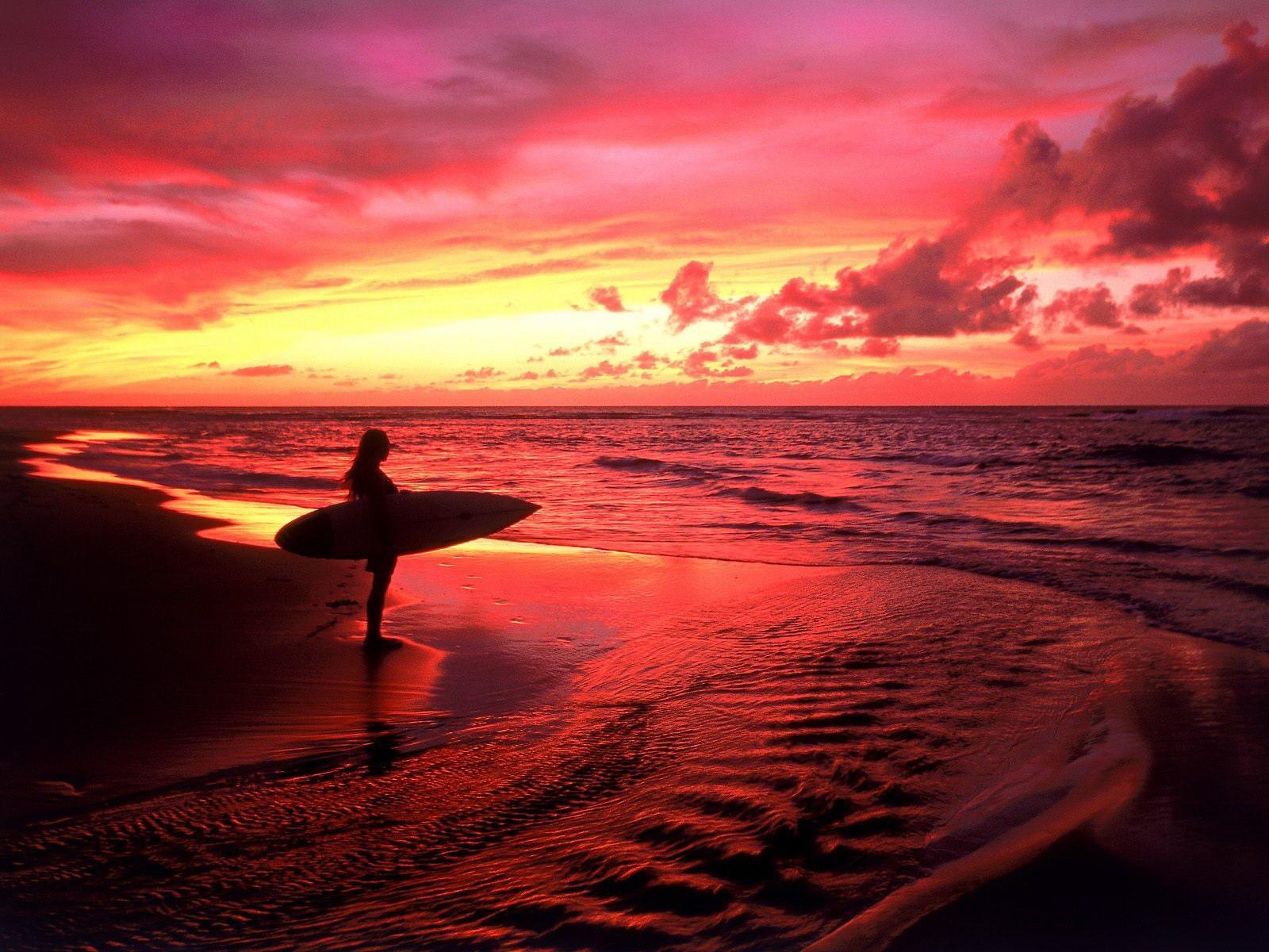 Серфингисты на закате без смс