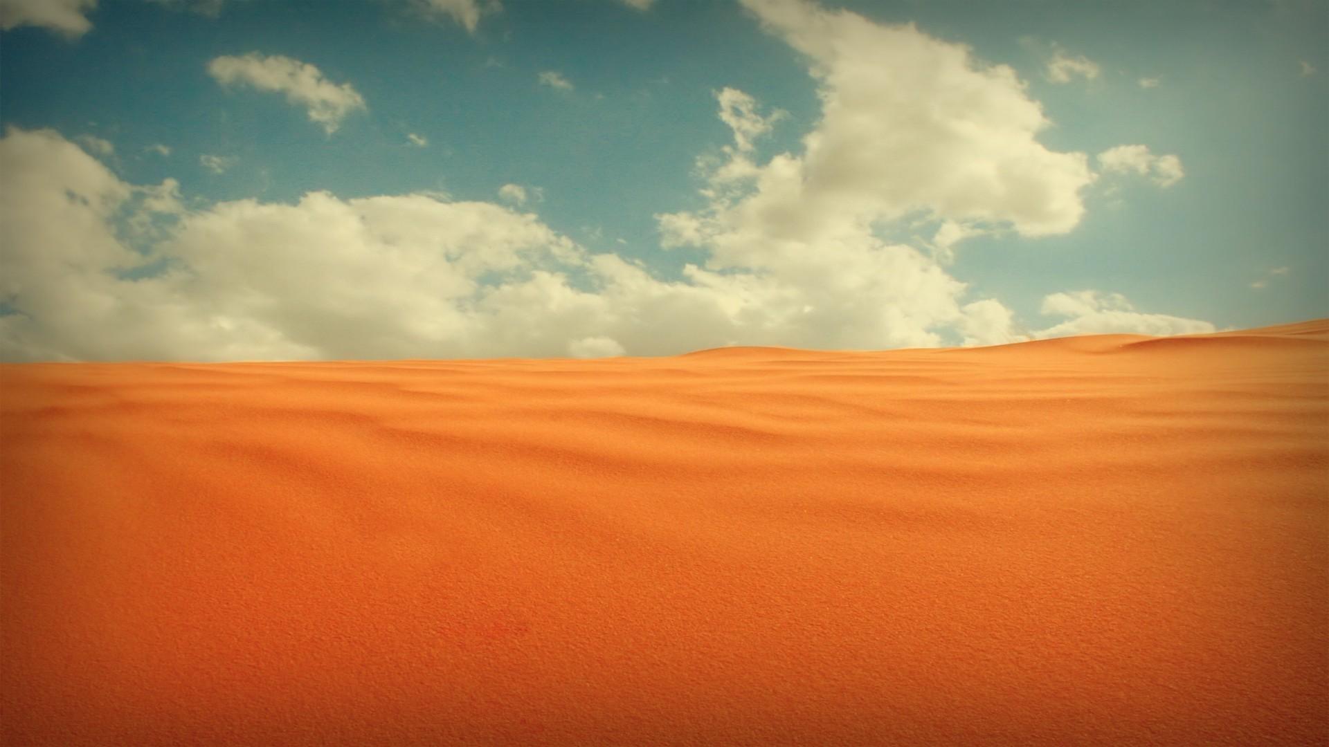 Желтый самолет в пустыне онлайн