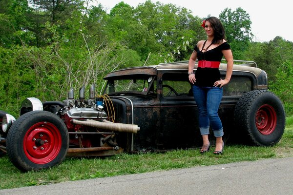 авто Ford Model A Sedan 1930 Rat Rod (Carl's Custom Cars) hot road девушка