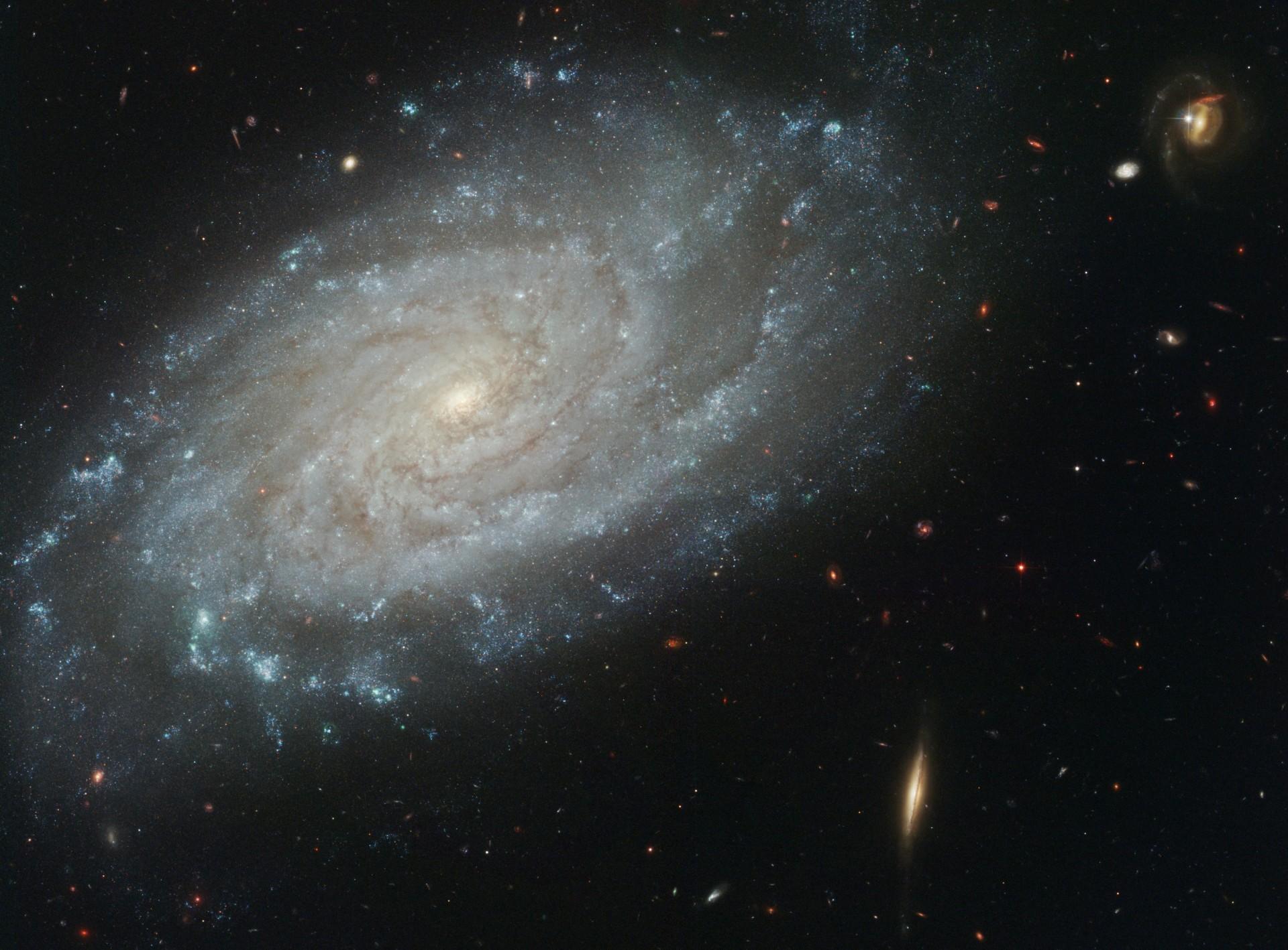 дом газобетона наша галактика во вселенной фото модели