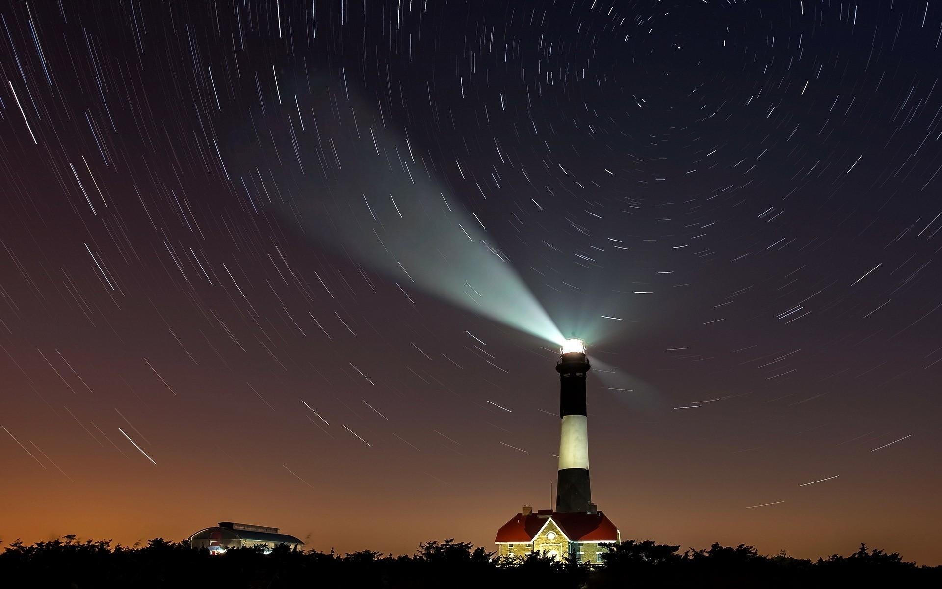 Светящийся маяк без смс