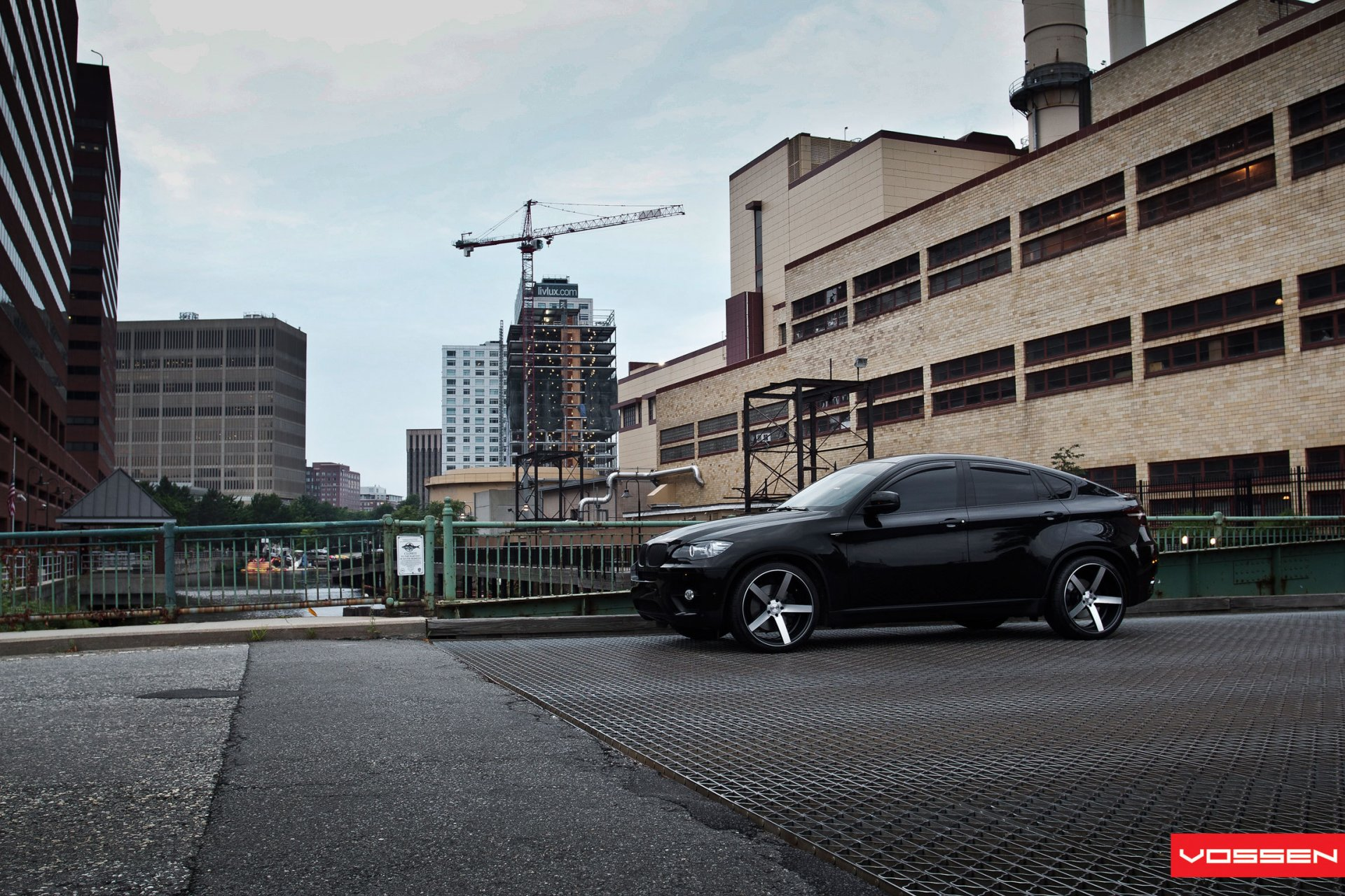 Новый BMW X6 F16  характеристики фото обзор