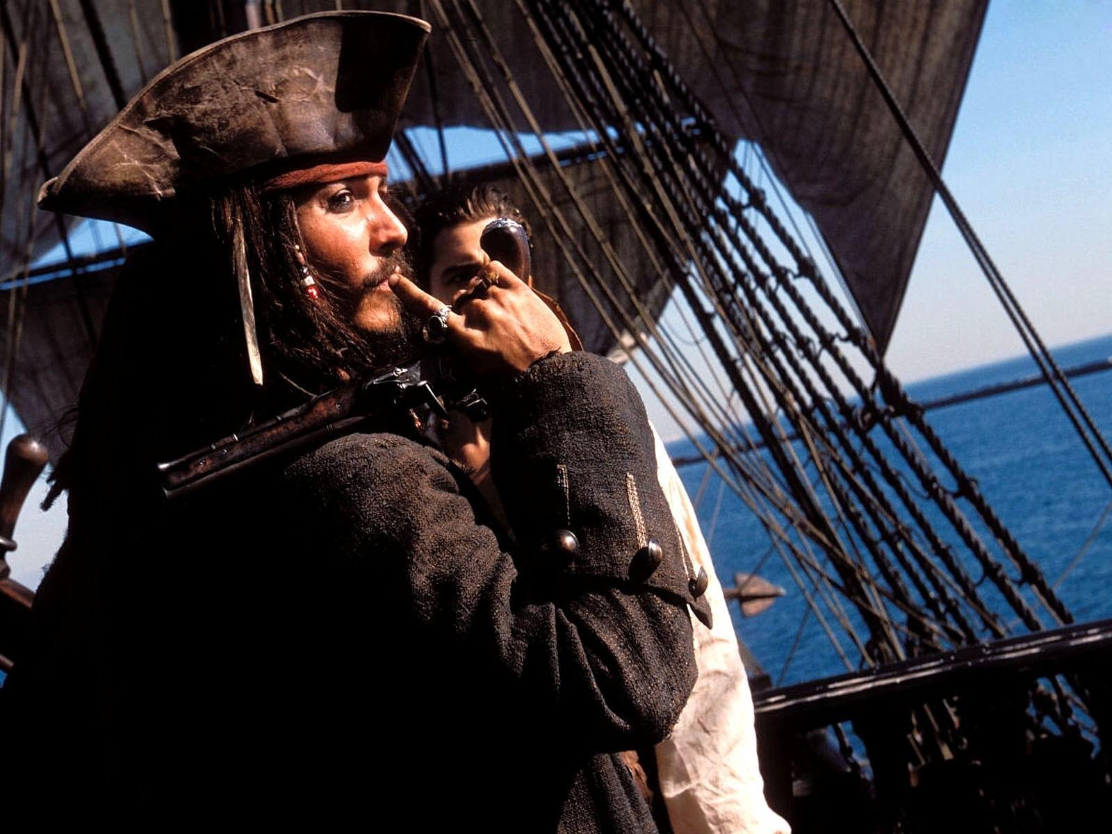 пираты карибского моря джек воробей море природа остров песок лодка вода  № 1386228 бесплатно