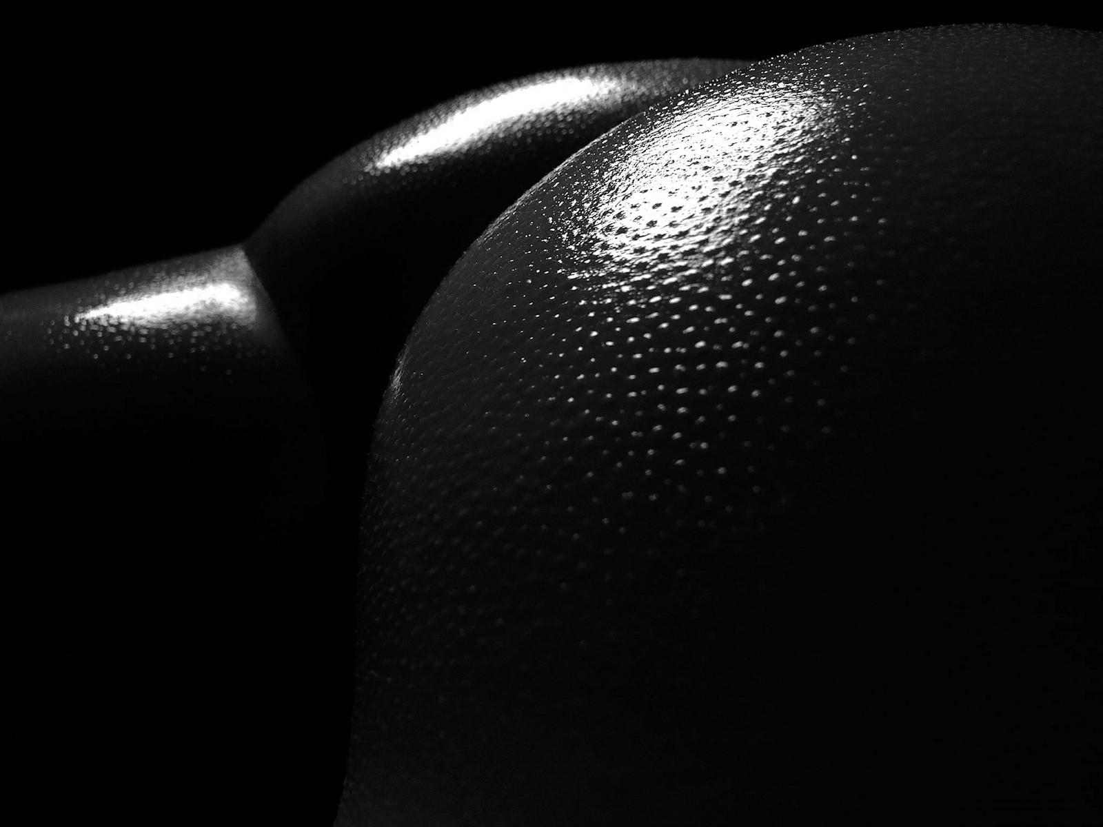 Черные попка фото, минет прилюдно онлайн