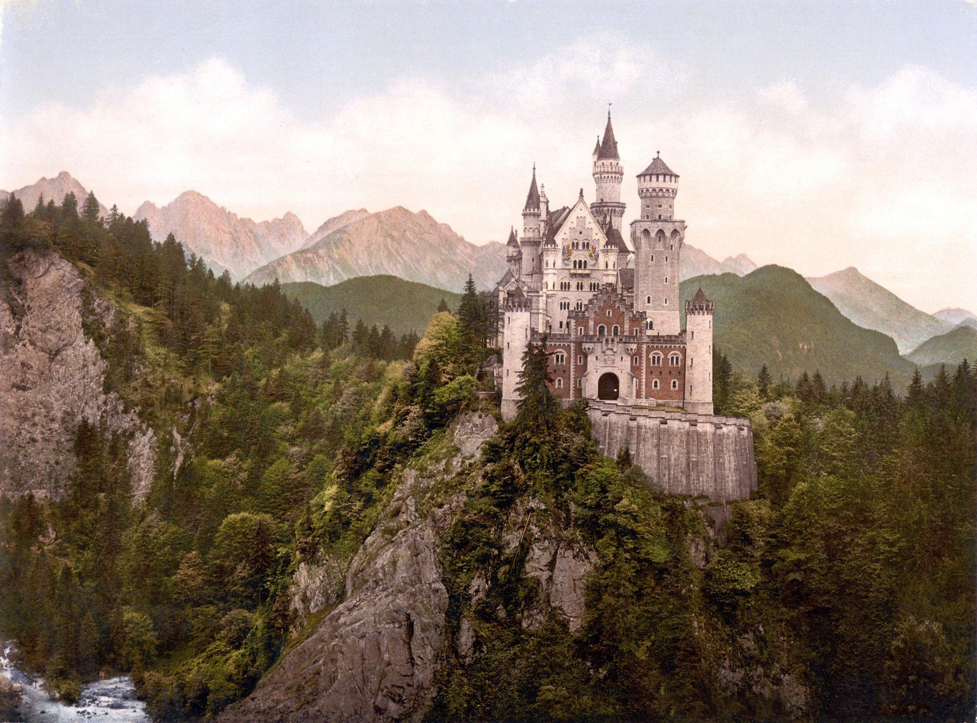 Картинка замок в горах