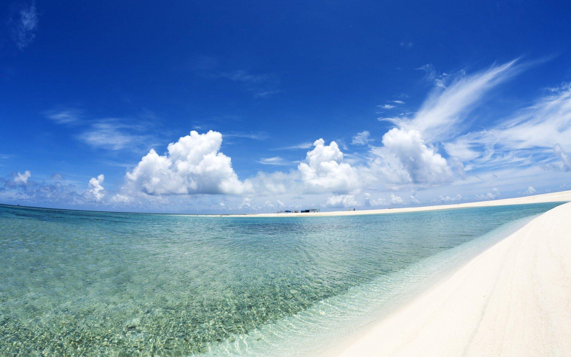 чармандер обои на экран море пляж песок голубая вода нужно