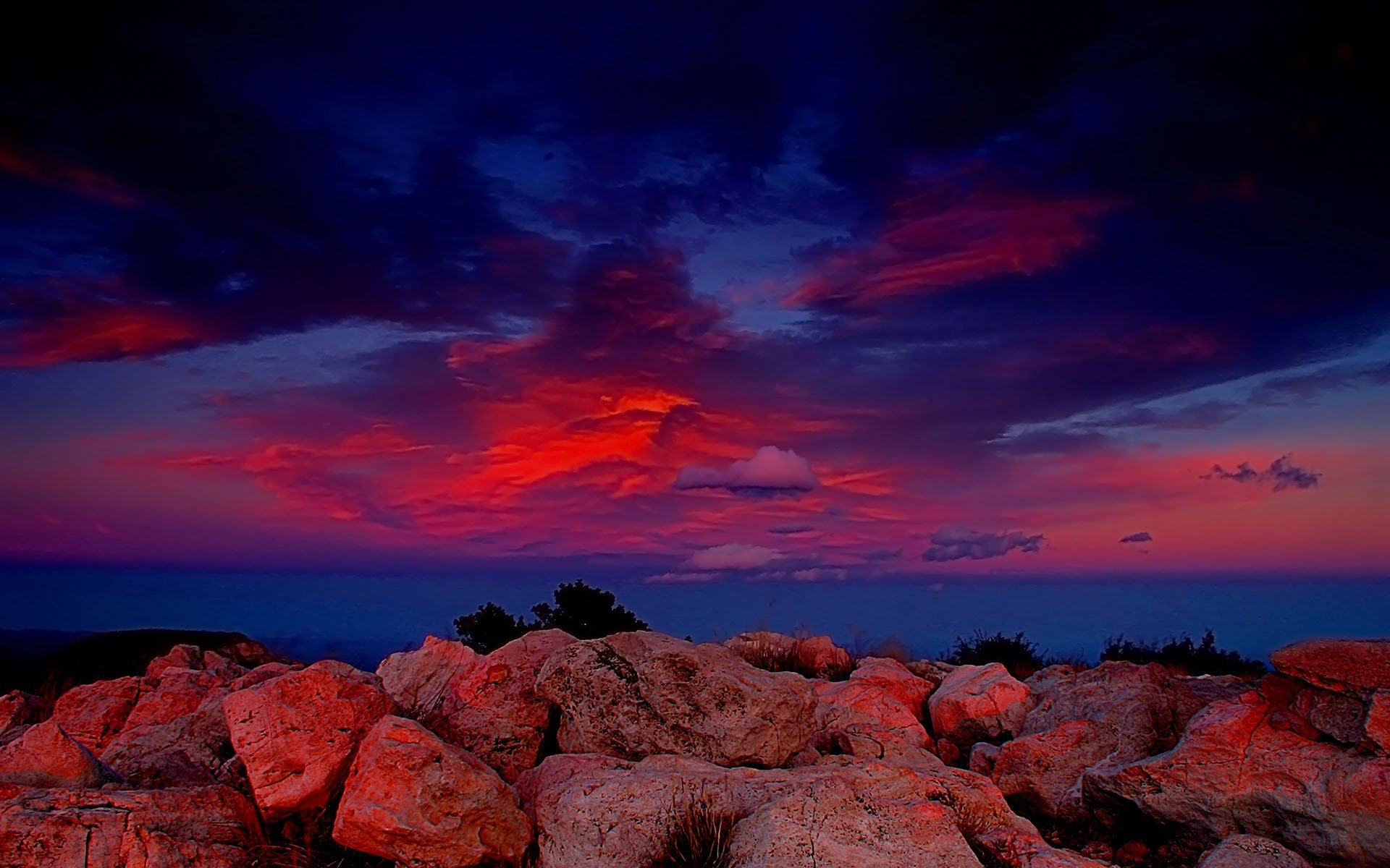 розовый закат, море, горы  № 3110209  скачать