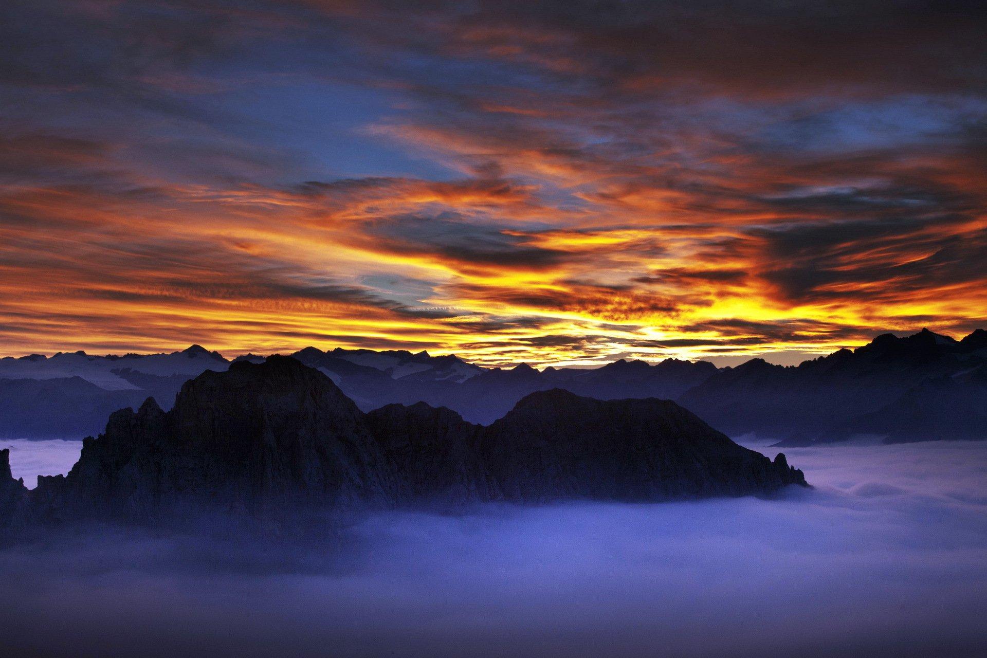 горы закат небо скачать