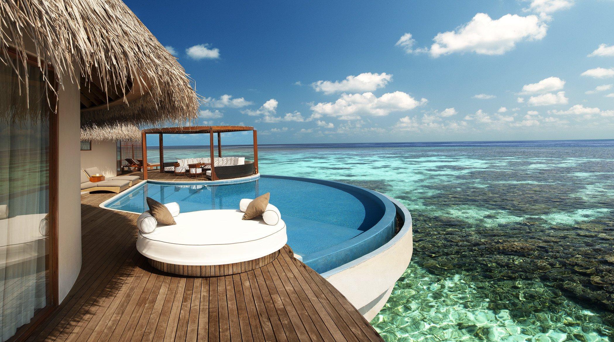 Отдых на берегу моря в бунгало