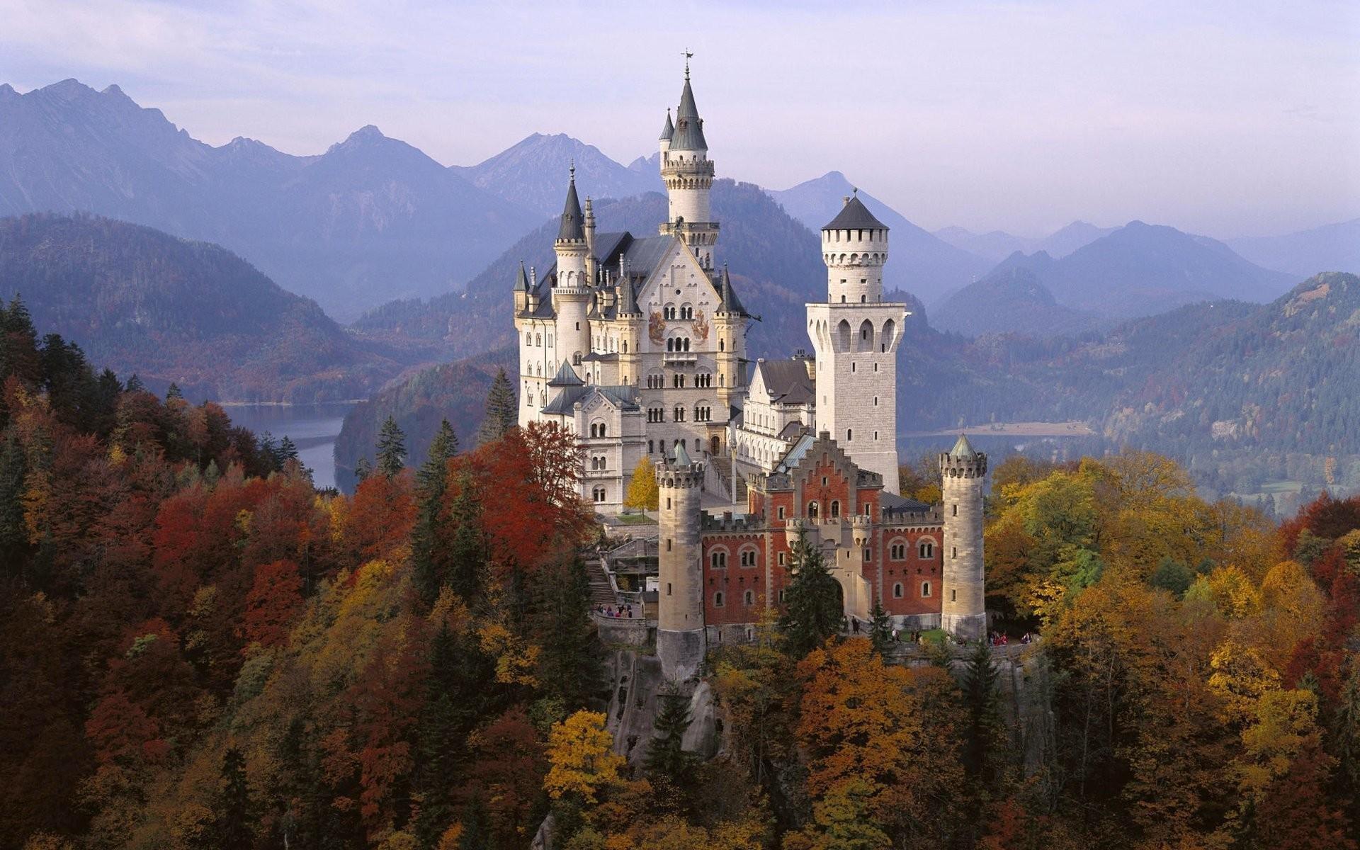 отметить, что самый красивый замок в мире фото заключается внедрении периорбитальную